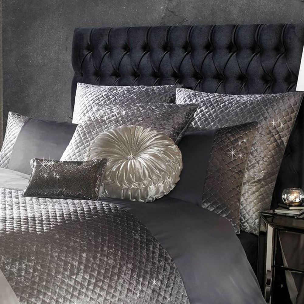 Details zu Kylie Minogue GIA samt Bettwäsche - Kissenbezug, Bettbezug  Doppel & King Size