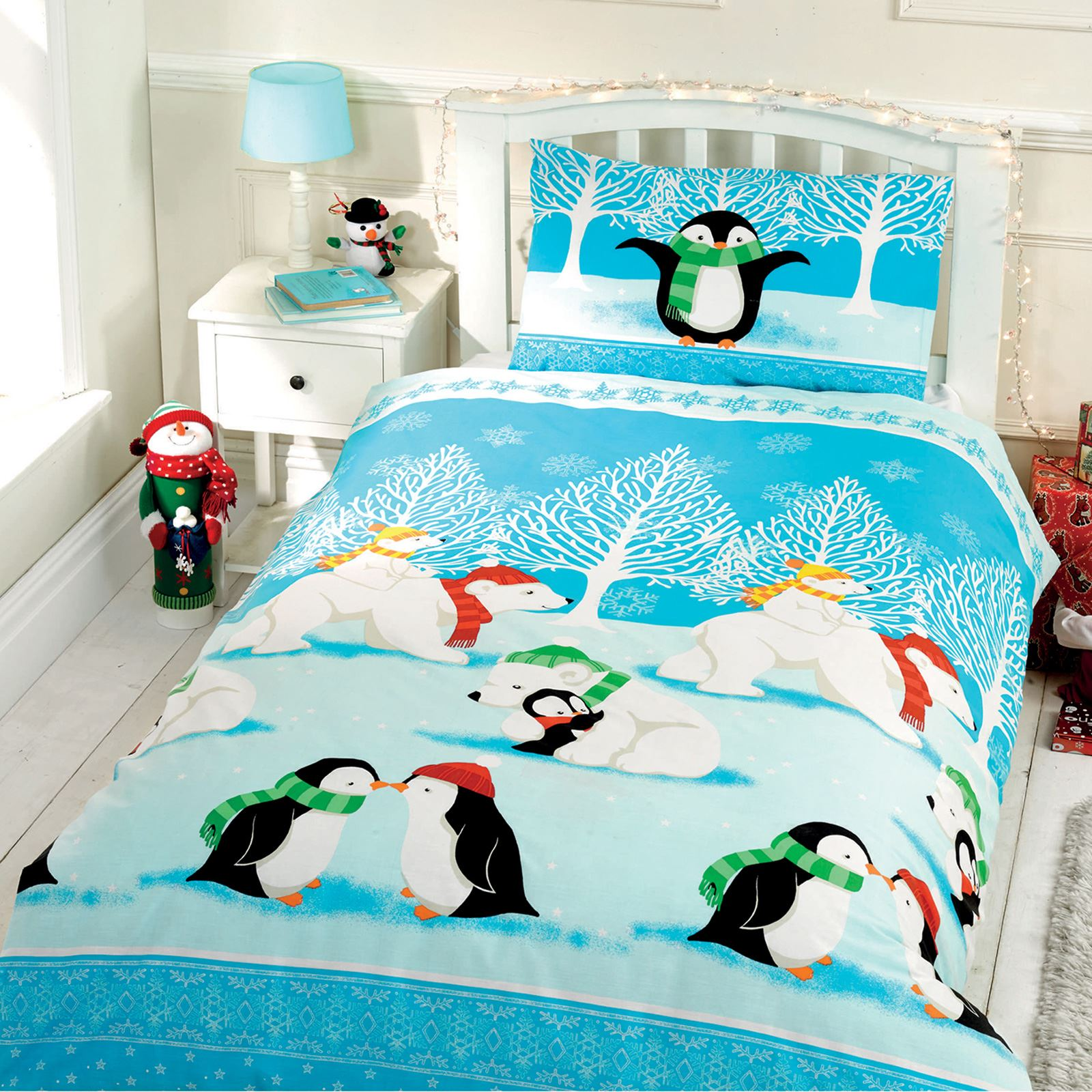 Christmas Cuddles Penguin Polar Bear Toddler Duvet Cover