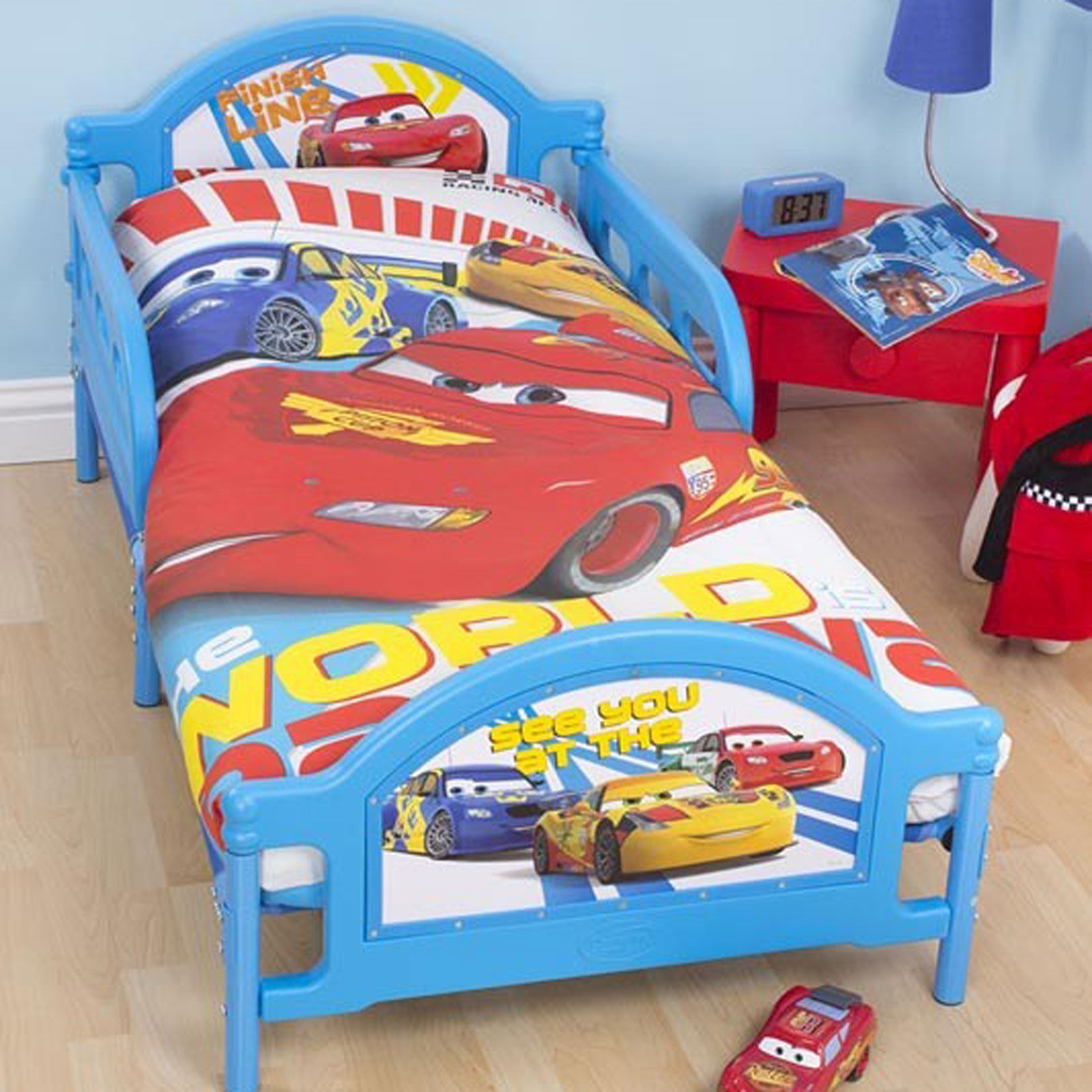 disney cars duvet cover sets in single double and junior sizes boys bedroom ebay. Black Bedroom Furniture Sets. Home Design Ideas