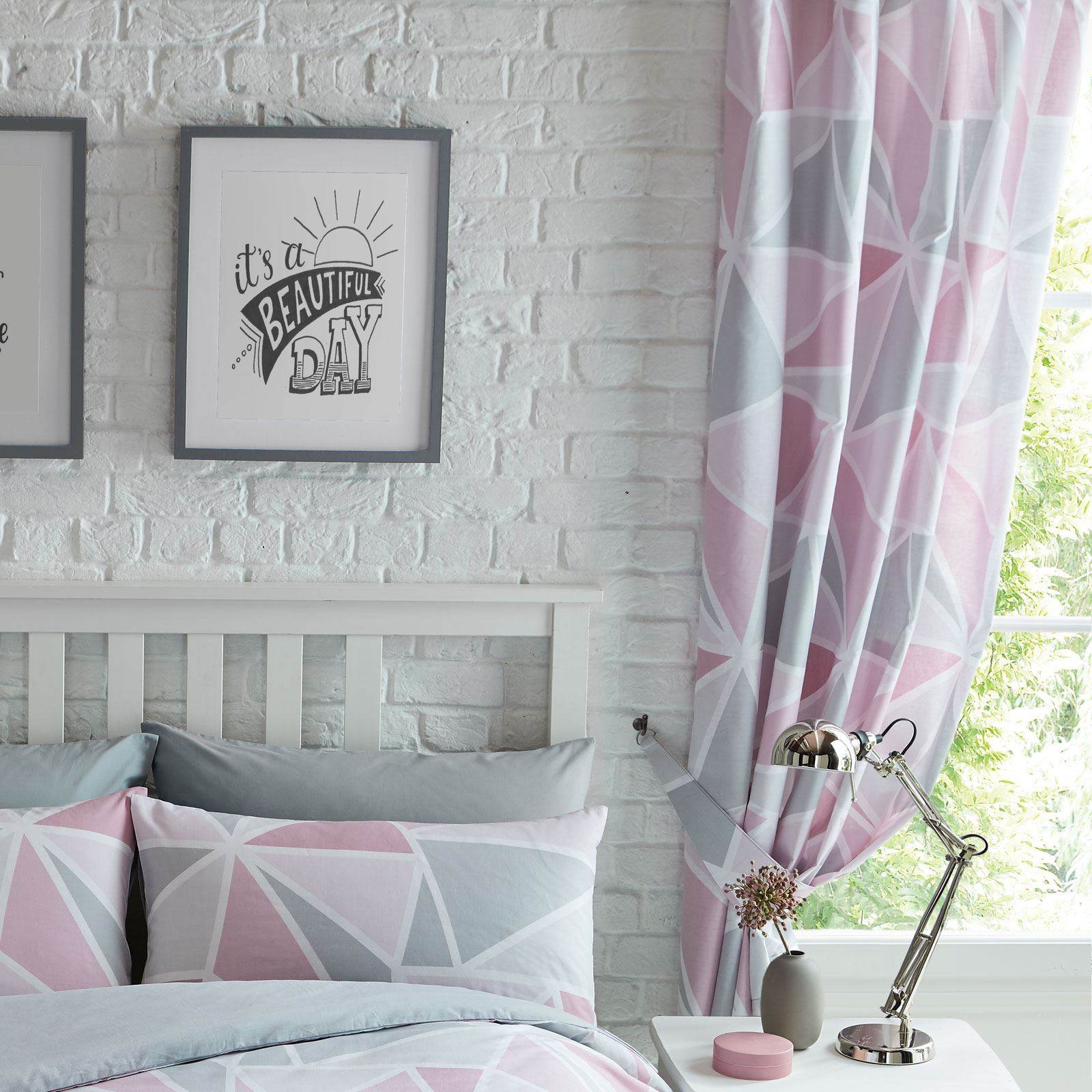 Details about METRO GEOMETRIC TRIANGLE GREY PINK LINED CURTAINS BEDROOM 72\