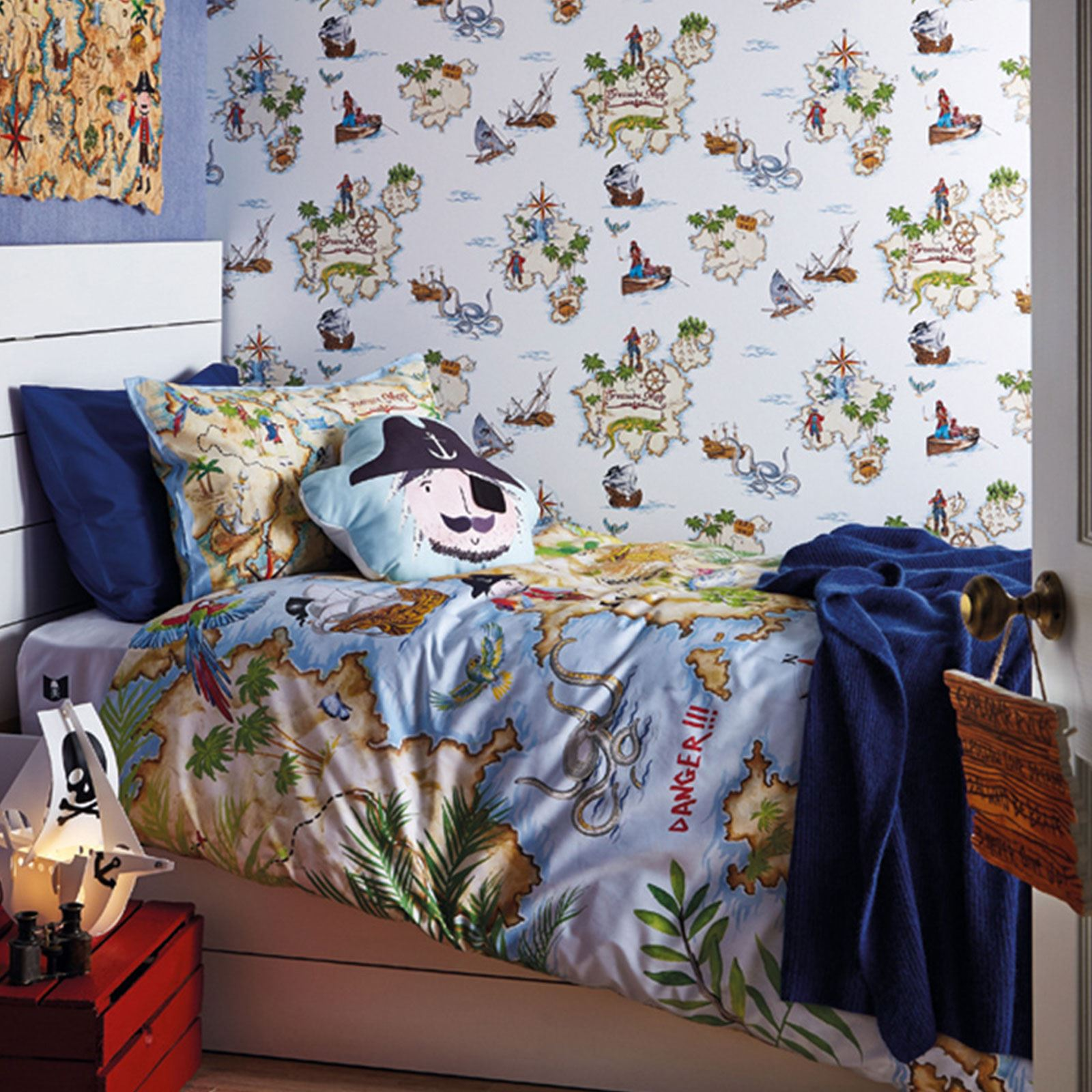 Arthouse Pirates Ahoy Boys Bedroom Wallpaper Duvet