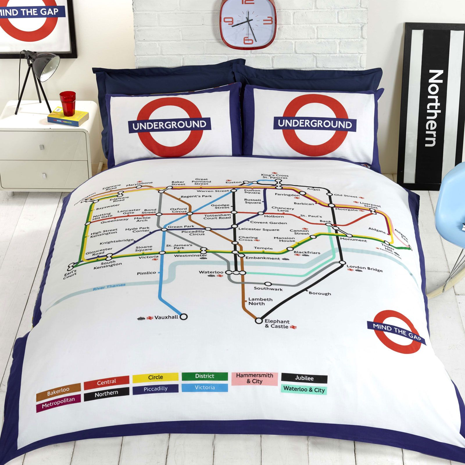 London underground tube map duvet cover set bedding reversible london underground tube map duvet cover set bedding gumiabroncs Images
