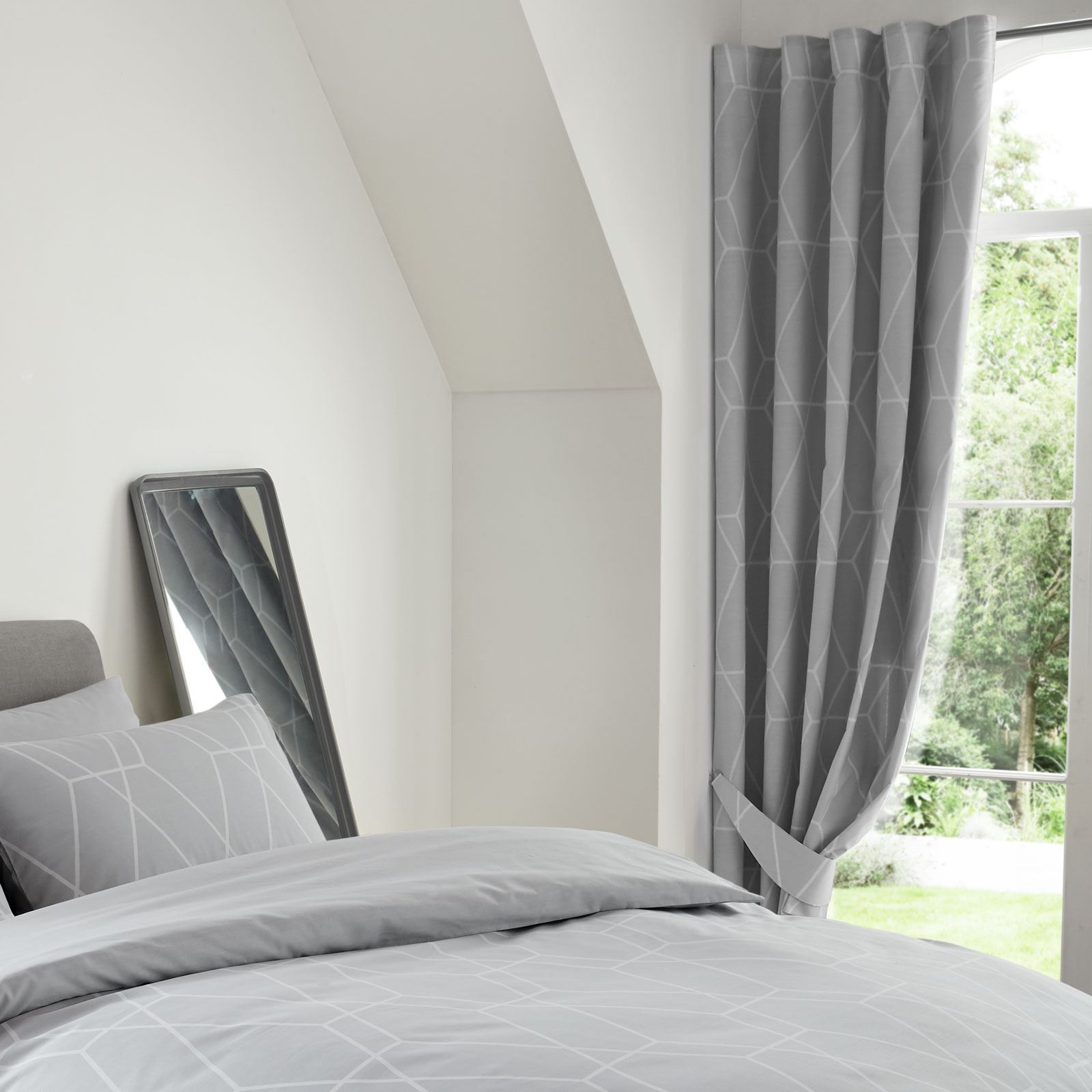 """Camera Da Letto Grigia details about metro geometric diamond lined curtains modern bedroom 66"""" x  72"""" grey"""
