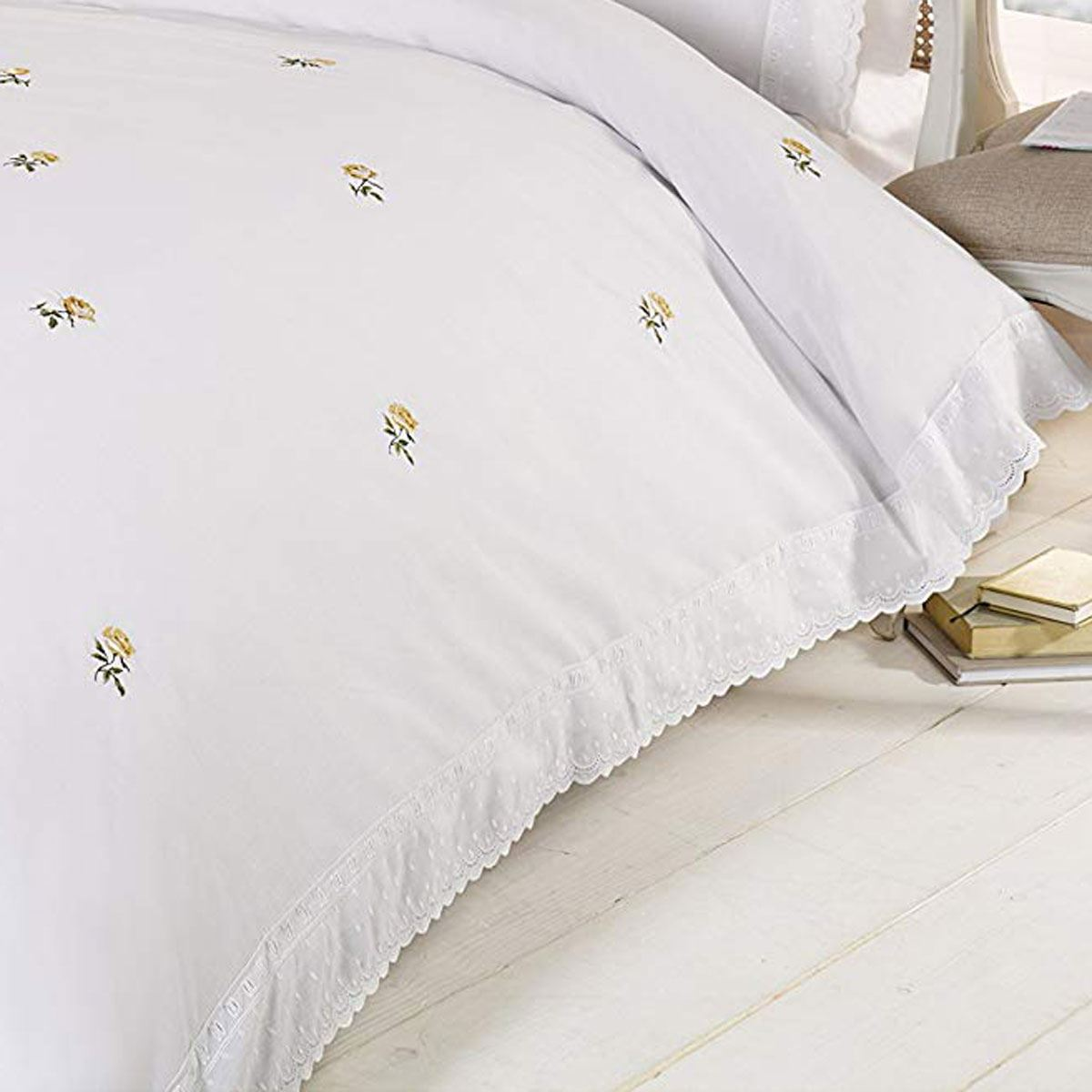 Alicia Floral White Yellow Super King Size Duvet Cover