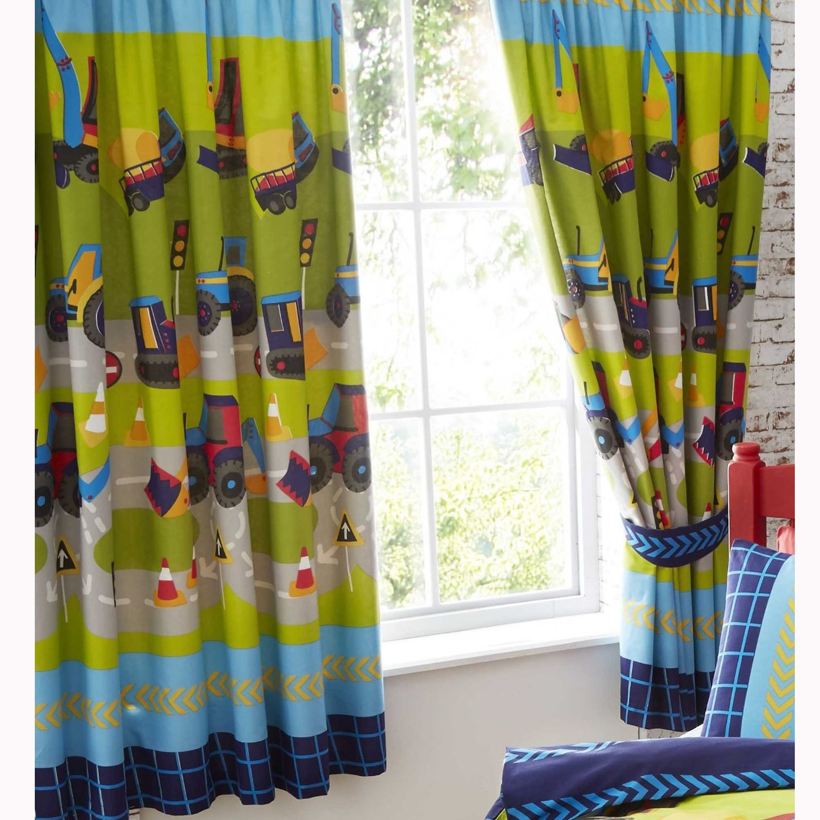 BOYS KIDS GENERIC BEDROOM CURTAINS 54\