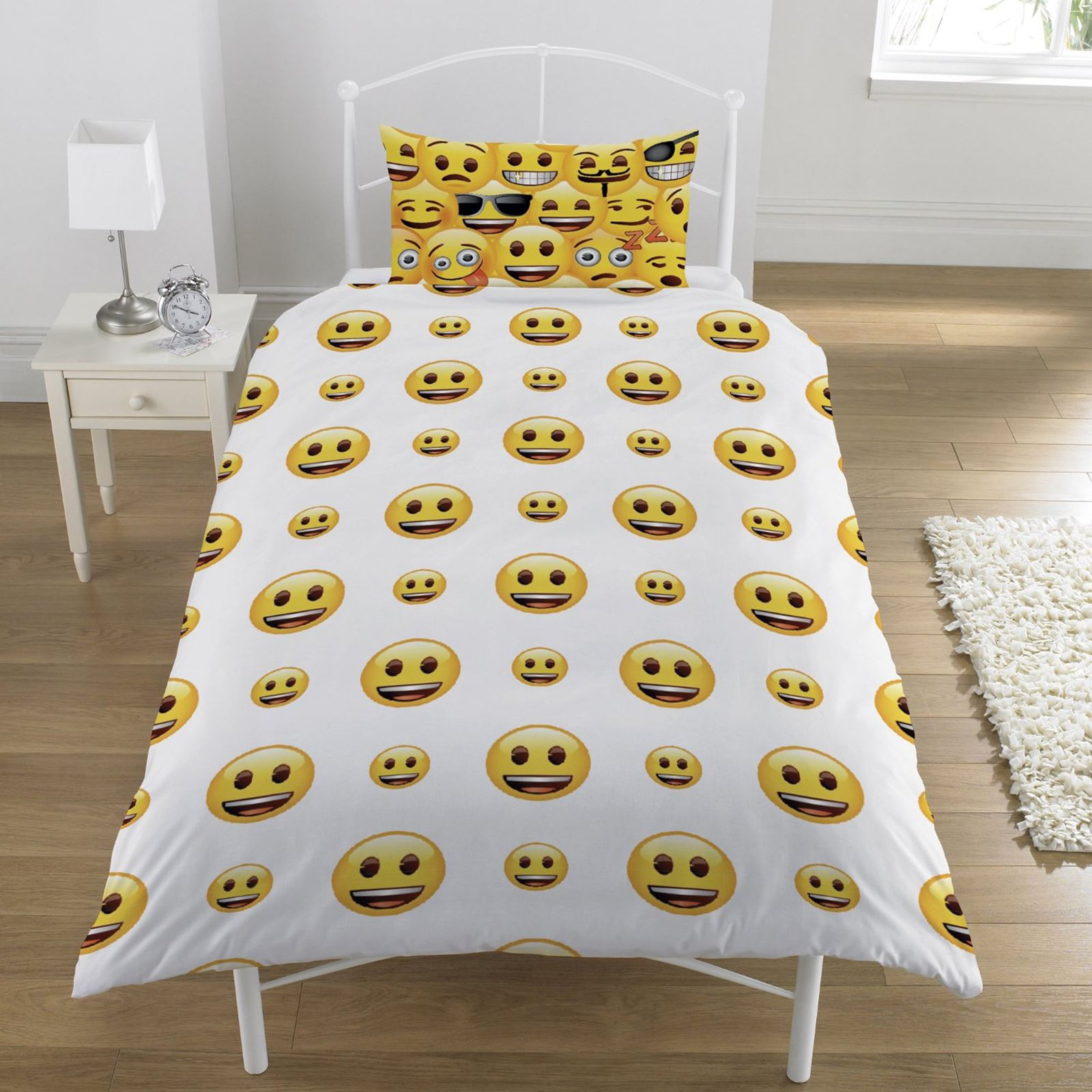 Good EMOJI SMILEY FACES DUVET COVER SET AVAILABLE SINGLE U0026 DOUBLE BEDDING | EBay
