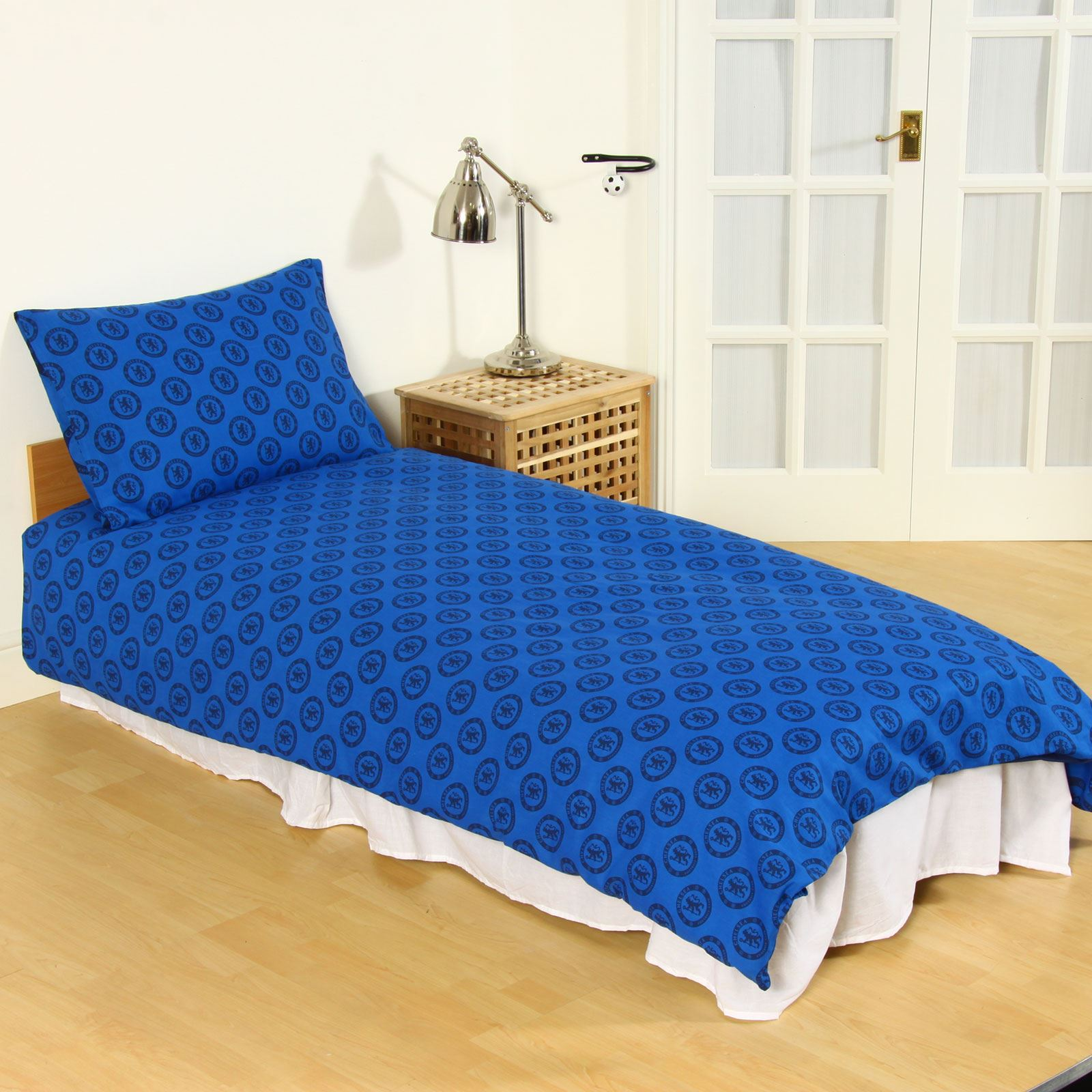 Chelsea Bedroom Chelsea Bedroom Bedside Extension For Bed: CHELSEA FC SINGLE AND DOUBLE DUVET COVER SETS BEDDING
