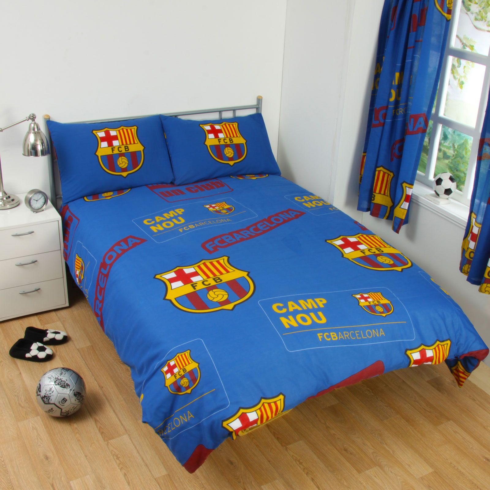 Chelsea Bedroom Chelsea Bedroom Bedside Extension For Bed: OFFICIAL FOOTBALL CLUB DUVET COVER SETS