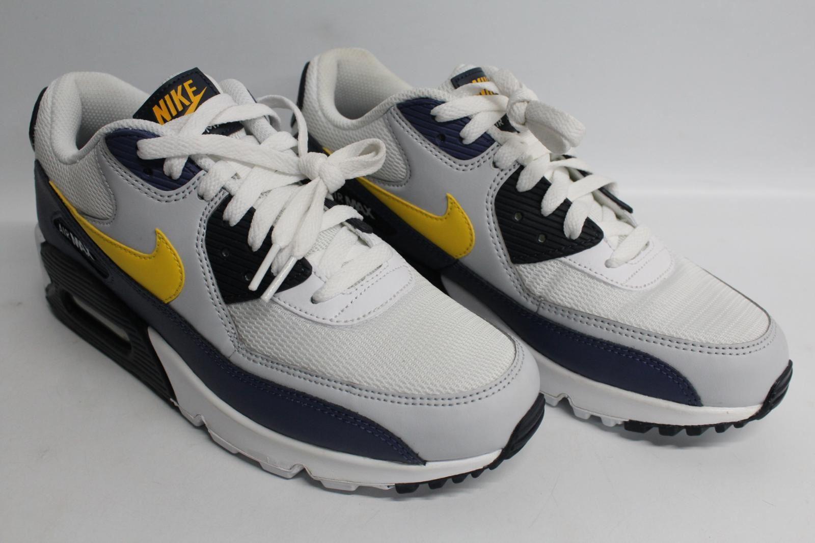 Nike-Men-039-S-Navy-Blu-Giallo-amp-Bianco-AIR-MAX-90-Essential-Scarpe-da-ginnastica-EU41-UK7-NUOVO