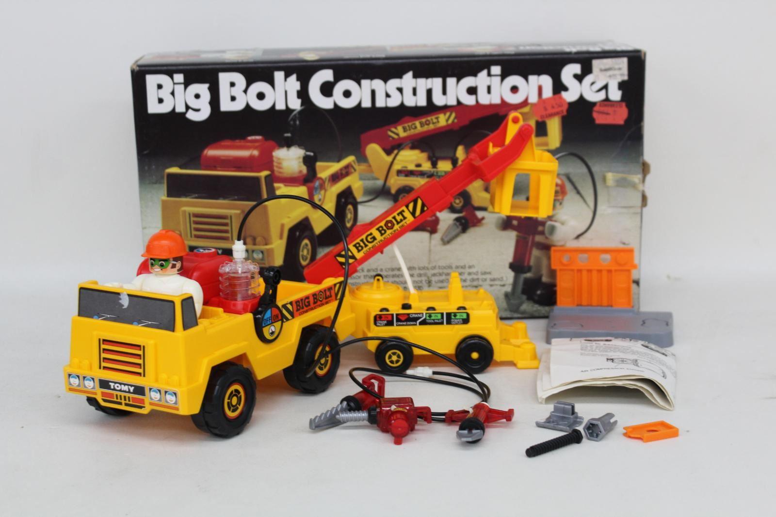 TOMY-Big-Bolt-Vintage-Air-Powered-Truck-Crane-Toy-Construction-Set-5005