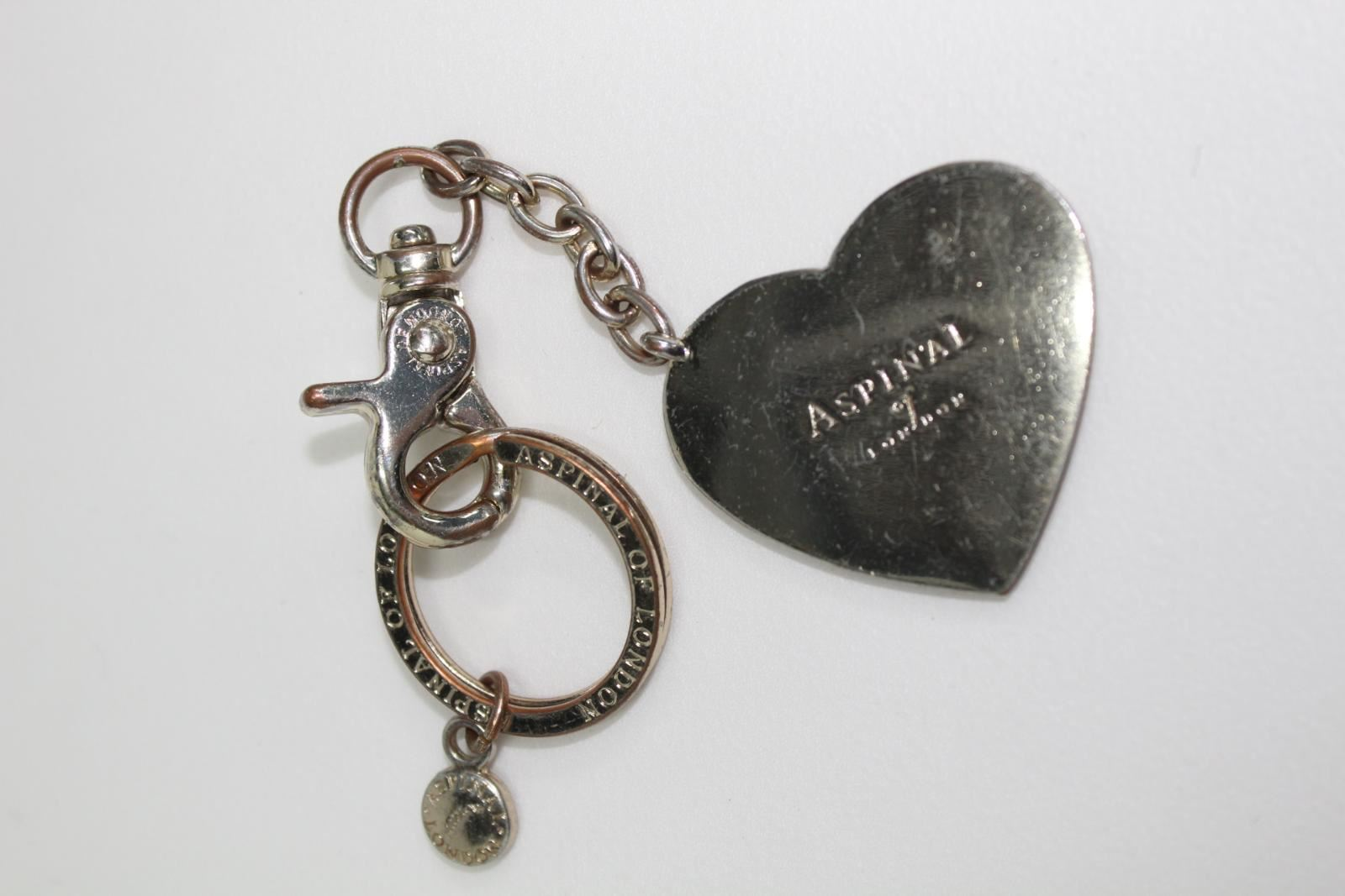 ASPINAL-OF-LONDON-Metal-Luxury-Gold-Tone-2-034-Heart-Clasp-Chain-Pendant-Keyring
