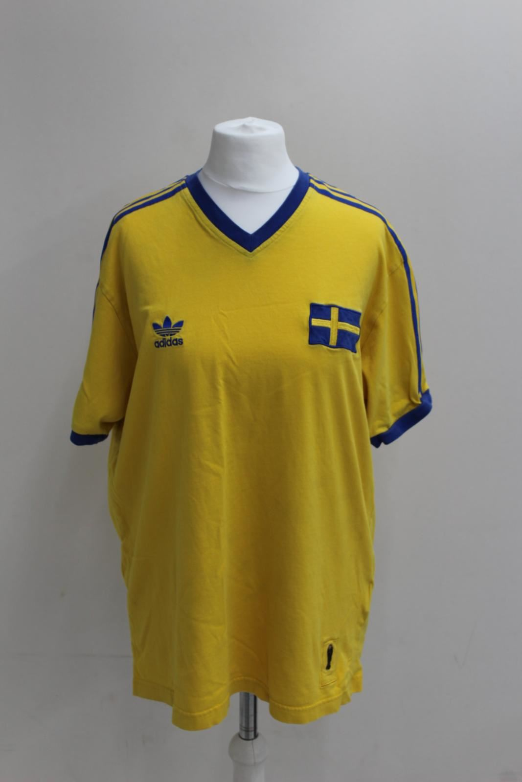 544c51d2955 ADIDAS Yellow No.10 Sweden Vintage 1974 World Cup Replica Jersey T ...
