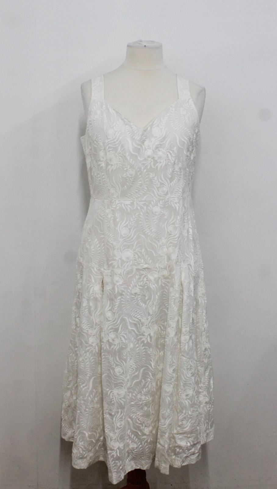 BNWT-FINERY-LONDON-Ladies-White-Floral-Embroidered-Sleeveless-Dress-Size-UK18
