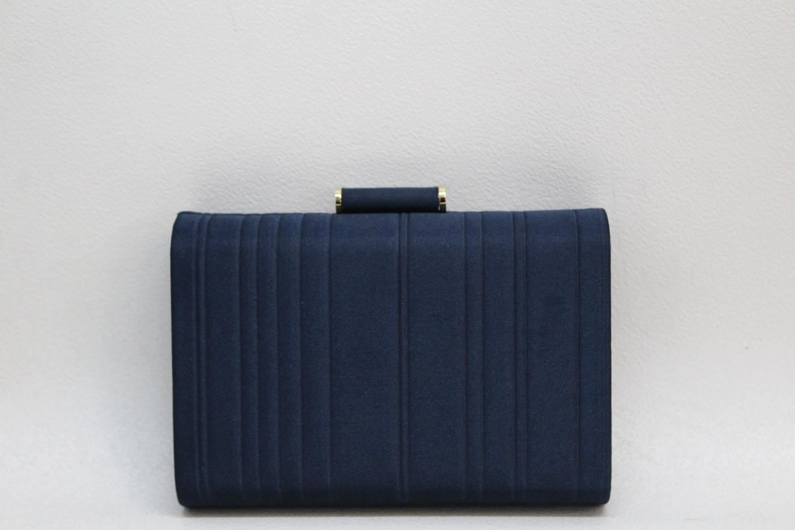 ESTEE-LAUDER-Ladies-Blue-Gold-Tone-Hardware-Ripple-Effect-Boxy-Clutch-Bag