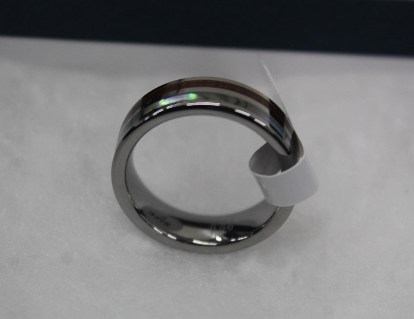 BNIB-Hawaiian-Koa-Wood-Abalone-Tungsten-8mm-Mens-Wedding-Ring-Band-Size-N-7