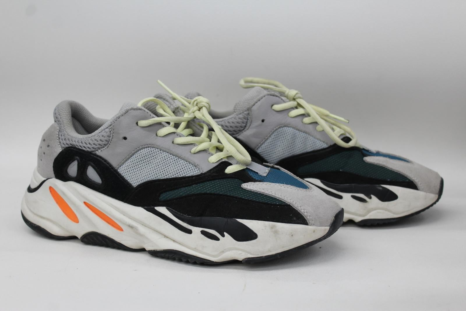 9ec83424b3b ADIDAS Yeezy Boost 700 Wave Runner Men s Suede   Mesh Trainers UK7.5 EU41.