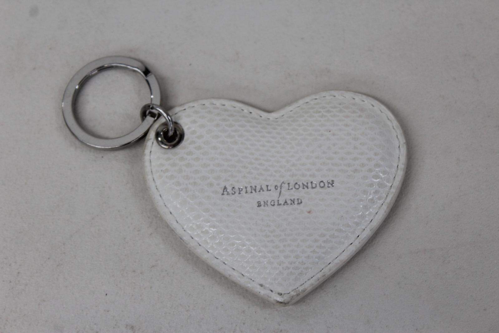 ASPINAL-OF-LONDON-Ladies-White-Lizard-Print-Leather-Stamped-Heart-Keyring-NEW