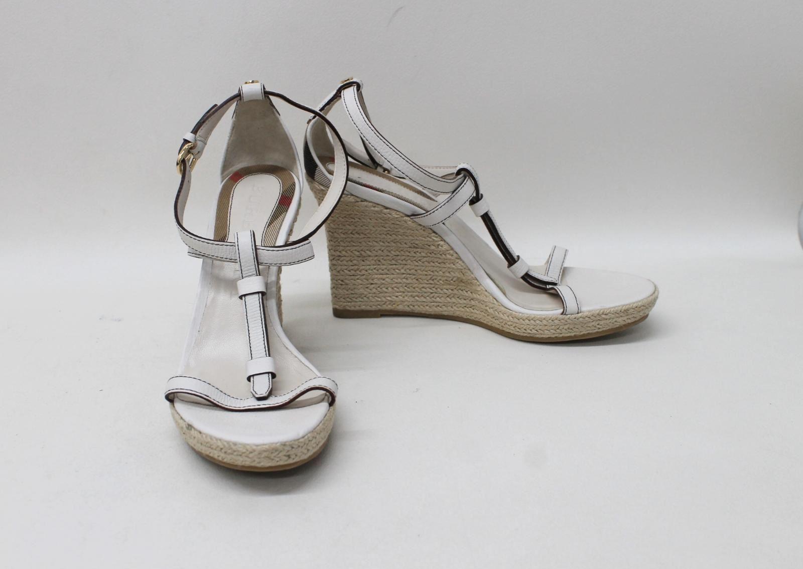b2bdd4dd4a BURBERRY Ladies White Leather T-Bar Strappy Wedges Sandals Size EU40 ...