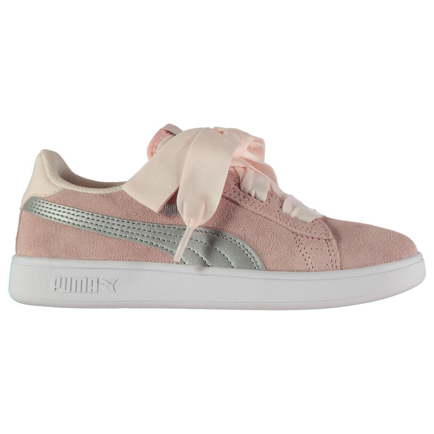 Puma Smash Ribbon Child Girls Trainers The Kids Puma Smash Ribbon Trainers  are perfect for everyday casual wear 531cb3ff6