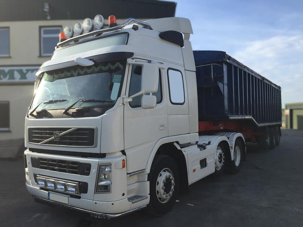 To fit volvo fm series 2 3 globetrotter standard steel roof light to fit volvo fm series 2 3 globetrotter standard steel roof light bar spots ebay aloadofball Images