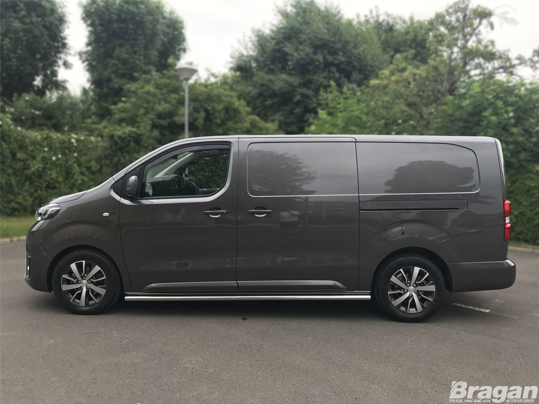 to fit 16 peugeot expert traveller lwb side bars steps skirts tube mpv van ebay. Black Bedroom Furniture Sets. Home Design Ideas