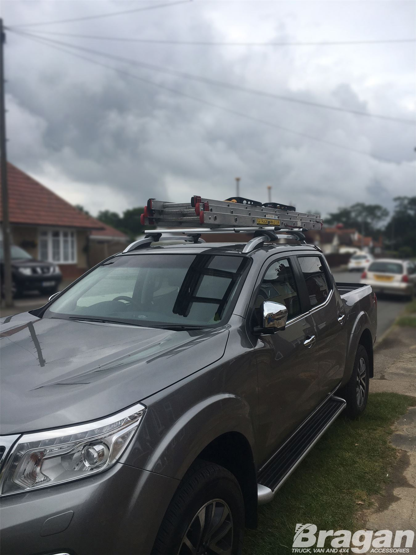 To Fit 2016+ Nissan Navara NP300 Roof Rails Locking Cross ...