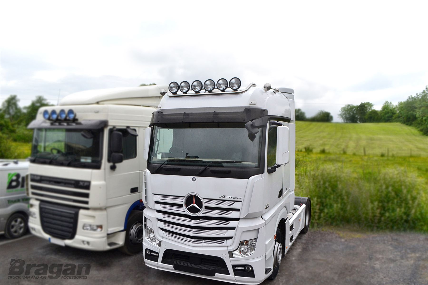 to fit mercedes actros mp4 polished stainless steel front. Black Bedroom Furniture Sets. Home Design Ideas