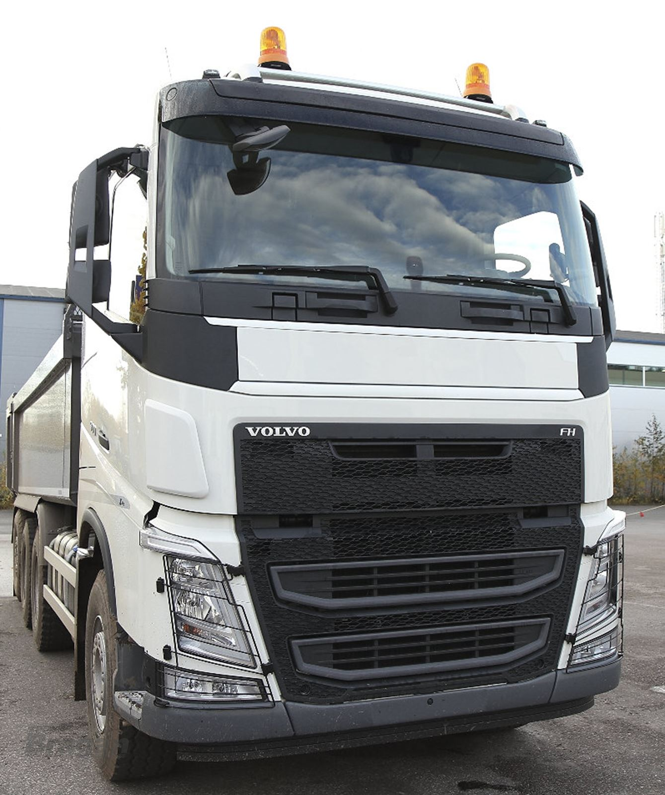 to fit volvo fh4 2013 dirt dust stone side front. Black Bedroom Furniture Sets. Home Design Ideas