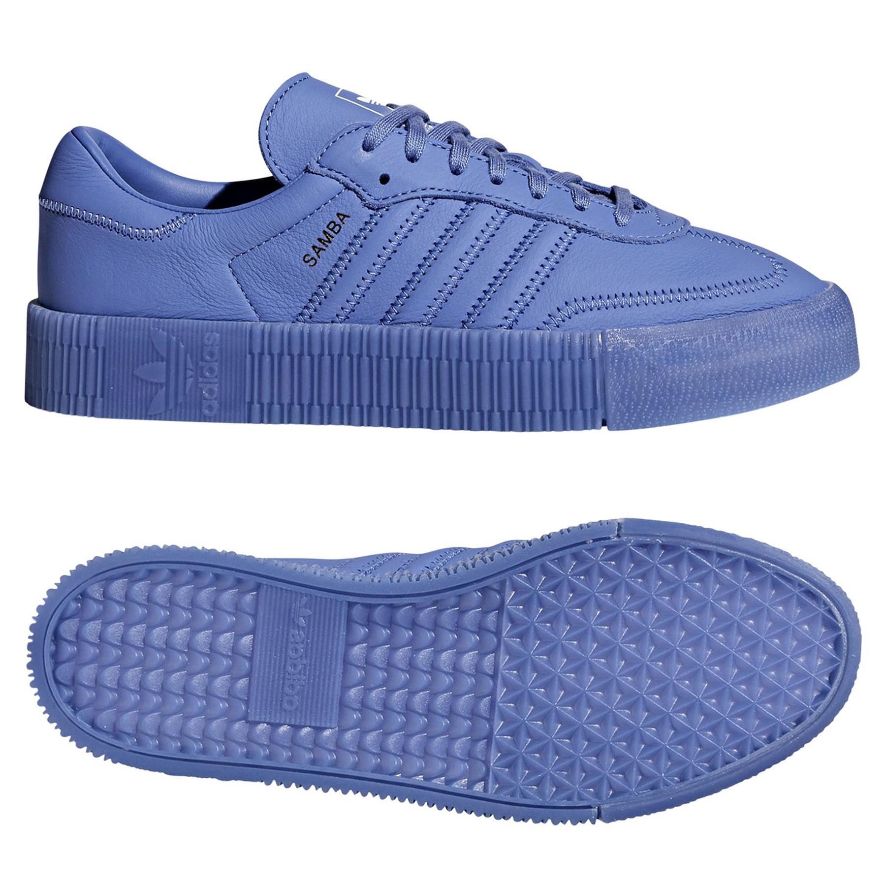 Un rétro pour le chaussure adidas superstar Rose