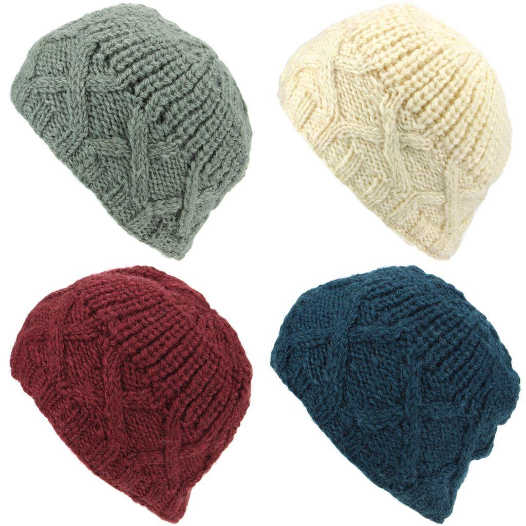Lana Chunky knit gorro de punto estilo cable cruzado con un borde estriado  y corona. El revestimiento de la banda de paño grueso y suave caliente hace  un ... e3021d6ec29