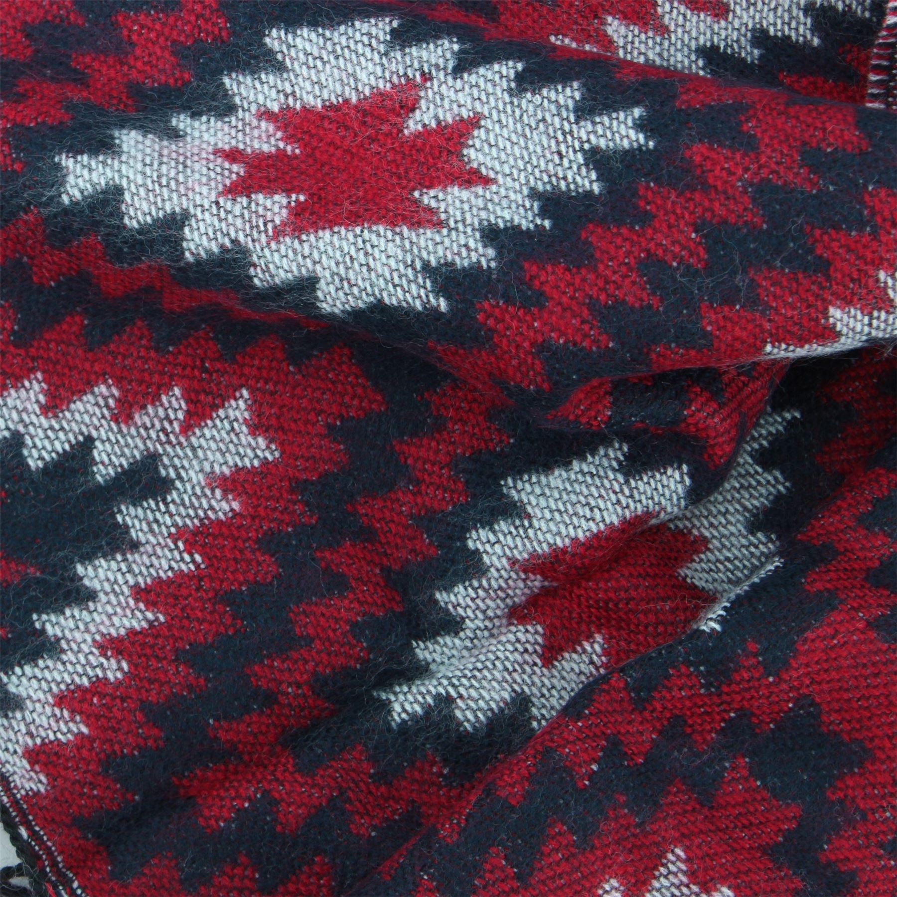 Cotton Scarf Thin Soft Zig Zag Woven BOHEMIA SWEDEN Ladies Lightweight