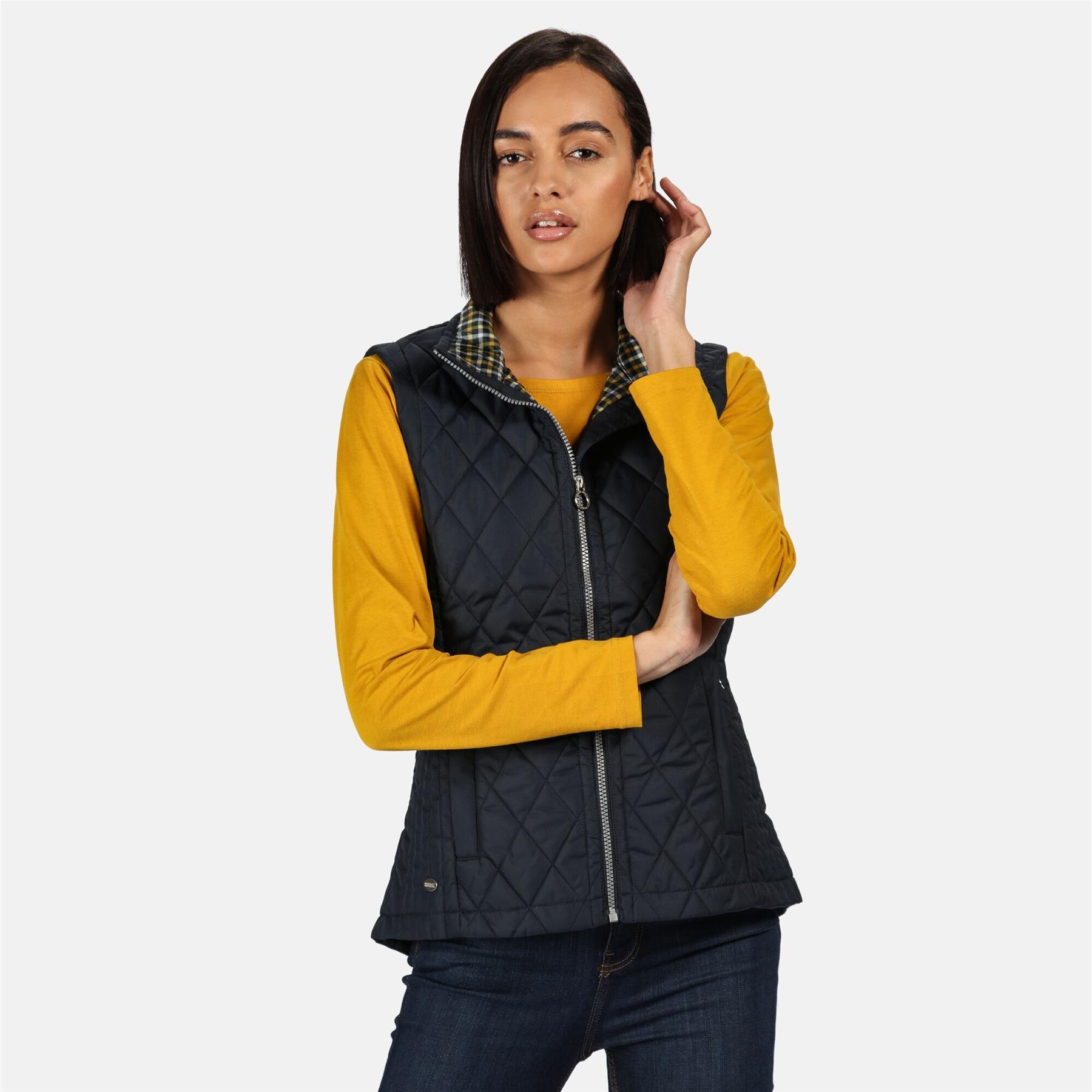 thumbnail 6 - Regatta Womens Charna Insulated Diamond Quilted Bodywarmer Vented Gilet