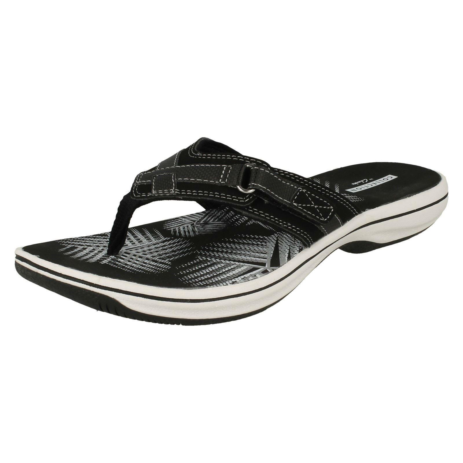 16d9f51c3d6 Ladies Clarks Toe Post Sandal Brinkley Sea UK 7 Black. About this product.  Picture 1 of 10  Picture 2 of 10 ...