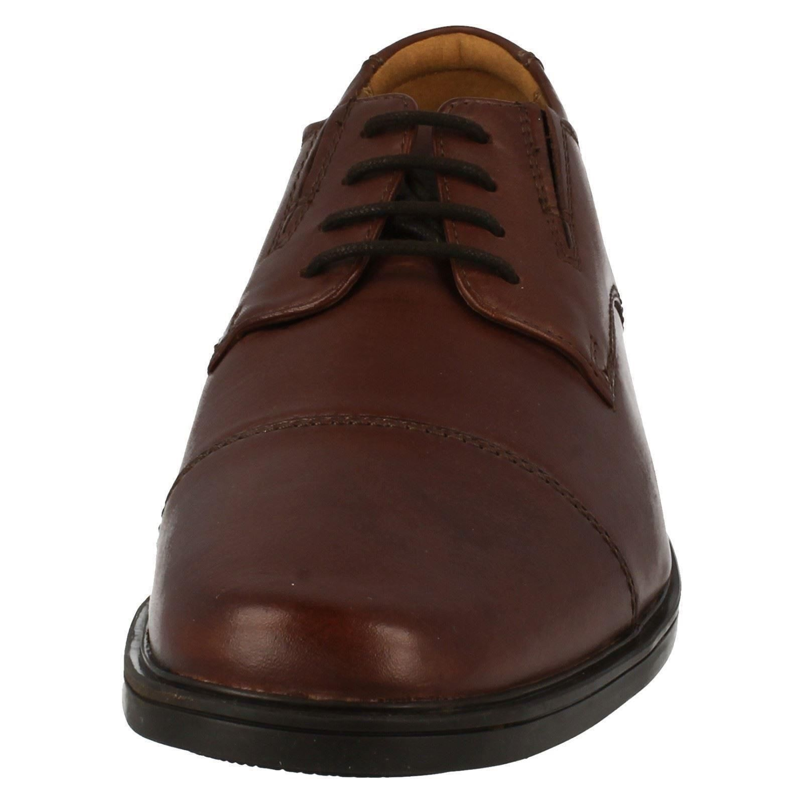 Mens-Clarks-Formal-Lace-Up-Shoes-Tilden-Cap thumbnail 17
