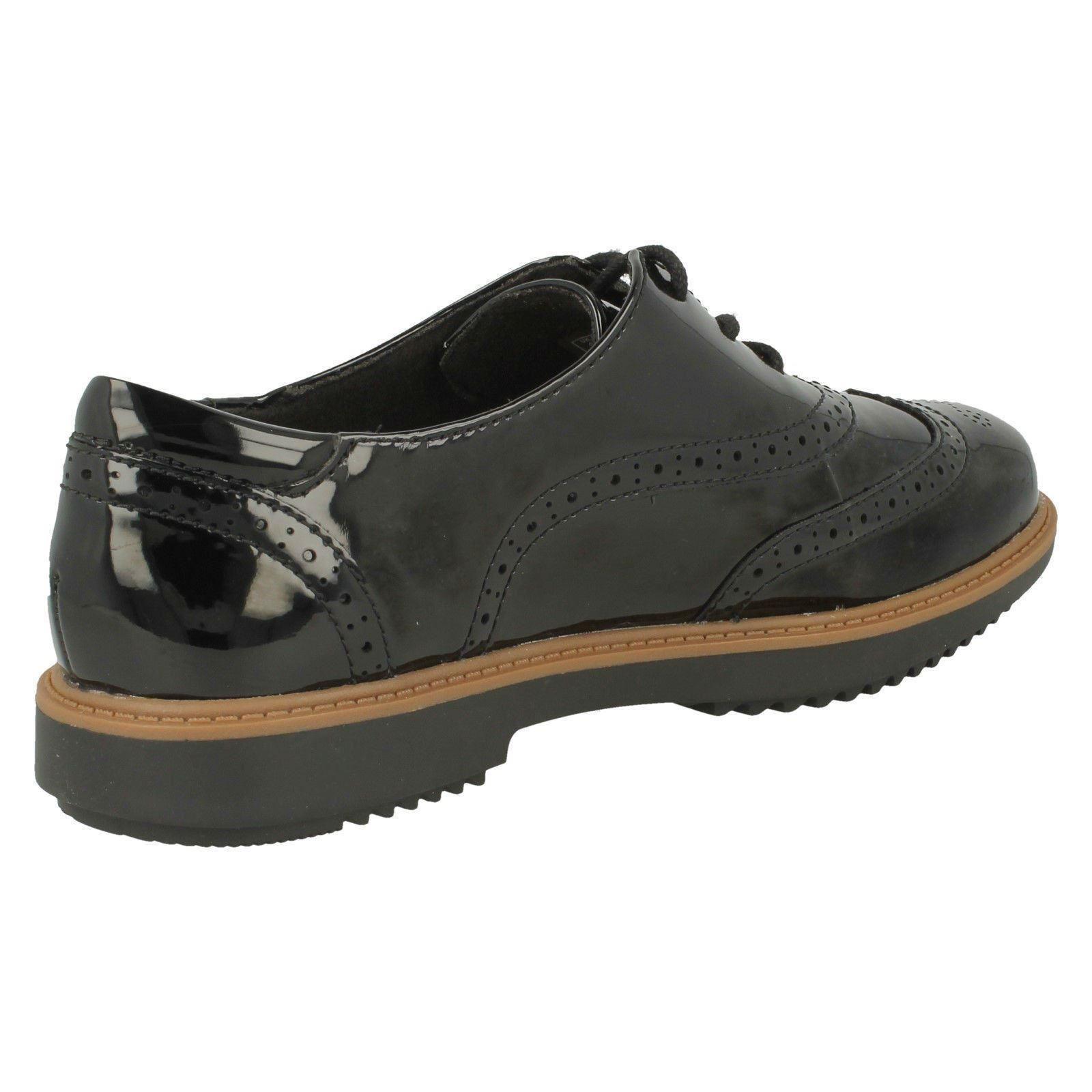 exterior desagradable Deformar  Ladies Clarks Brogue Shoes Raisie Hilde | eBay