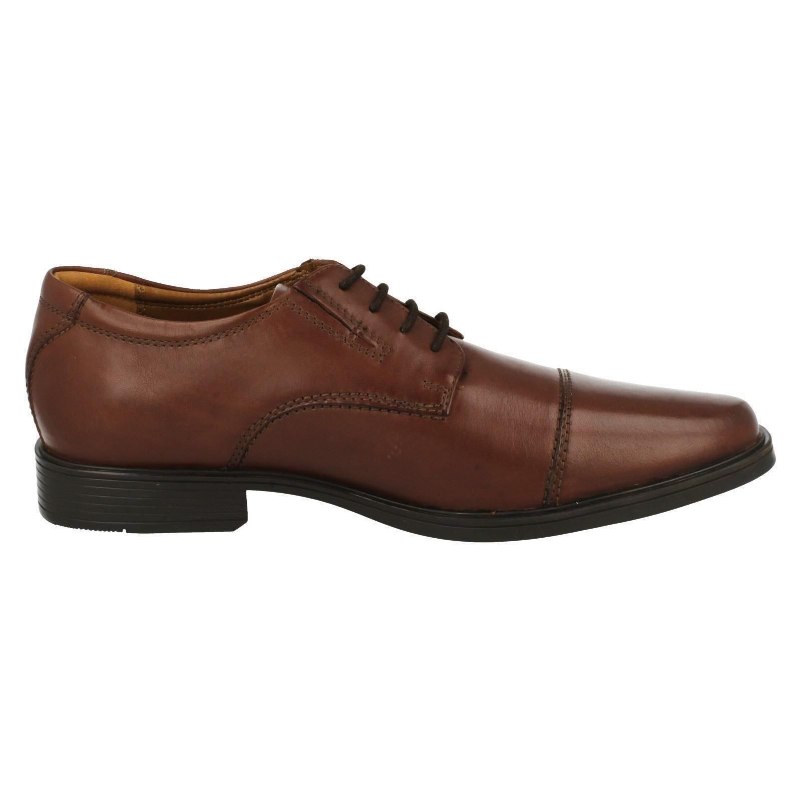 Mens-Clarks-Formal-Lace-Up-Shoes-Tilden-Cap thumbnail 15