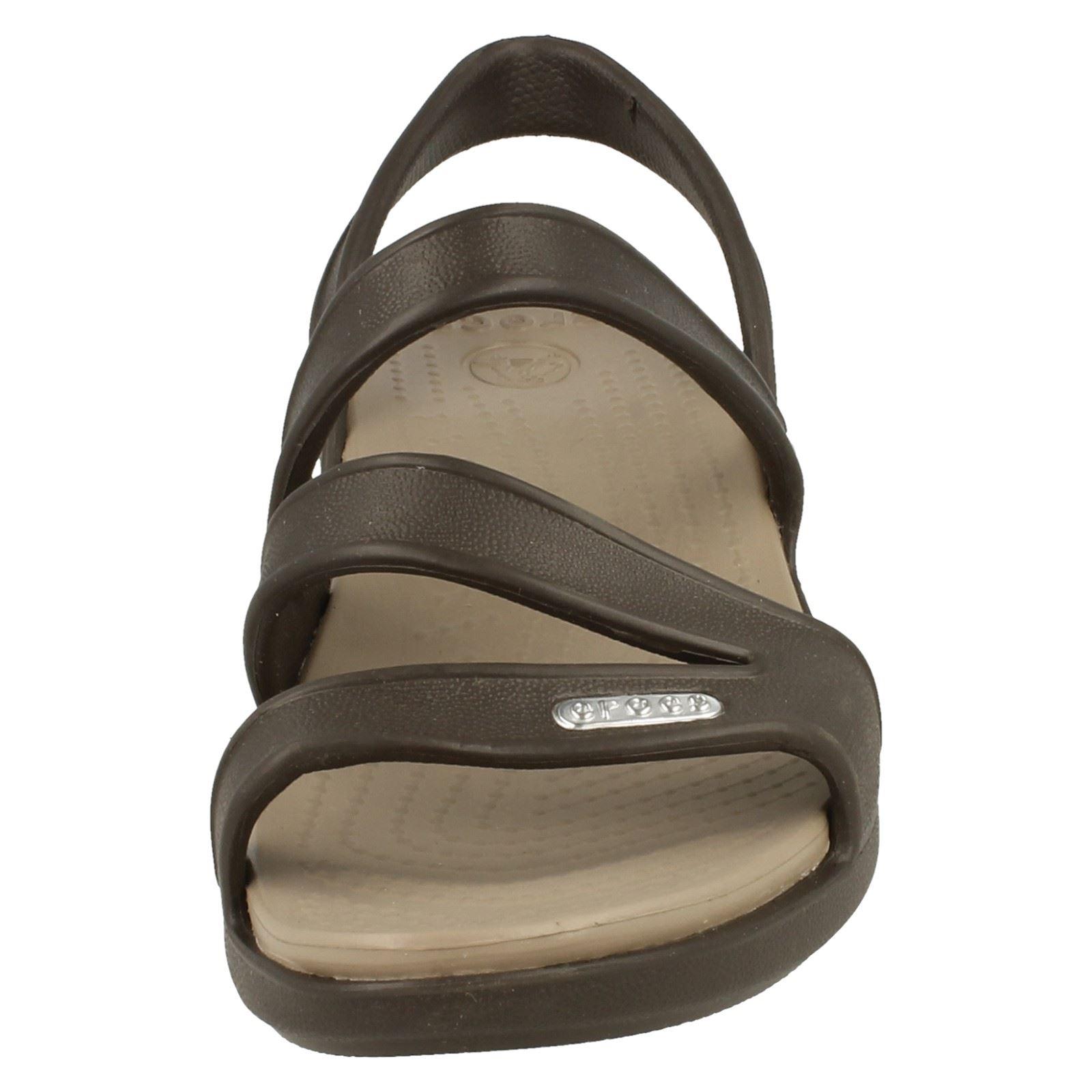 Crocs-Ladies-Strappy-Sandal-Patricia-Wedge-Sandal-W