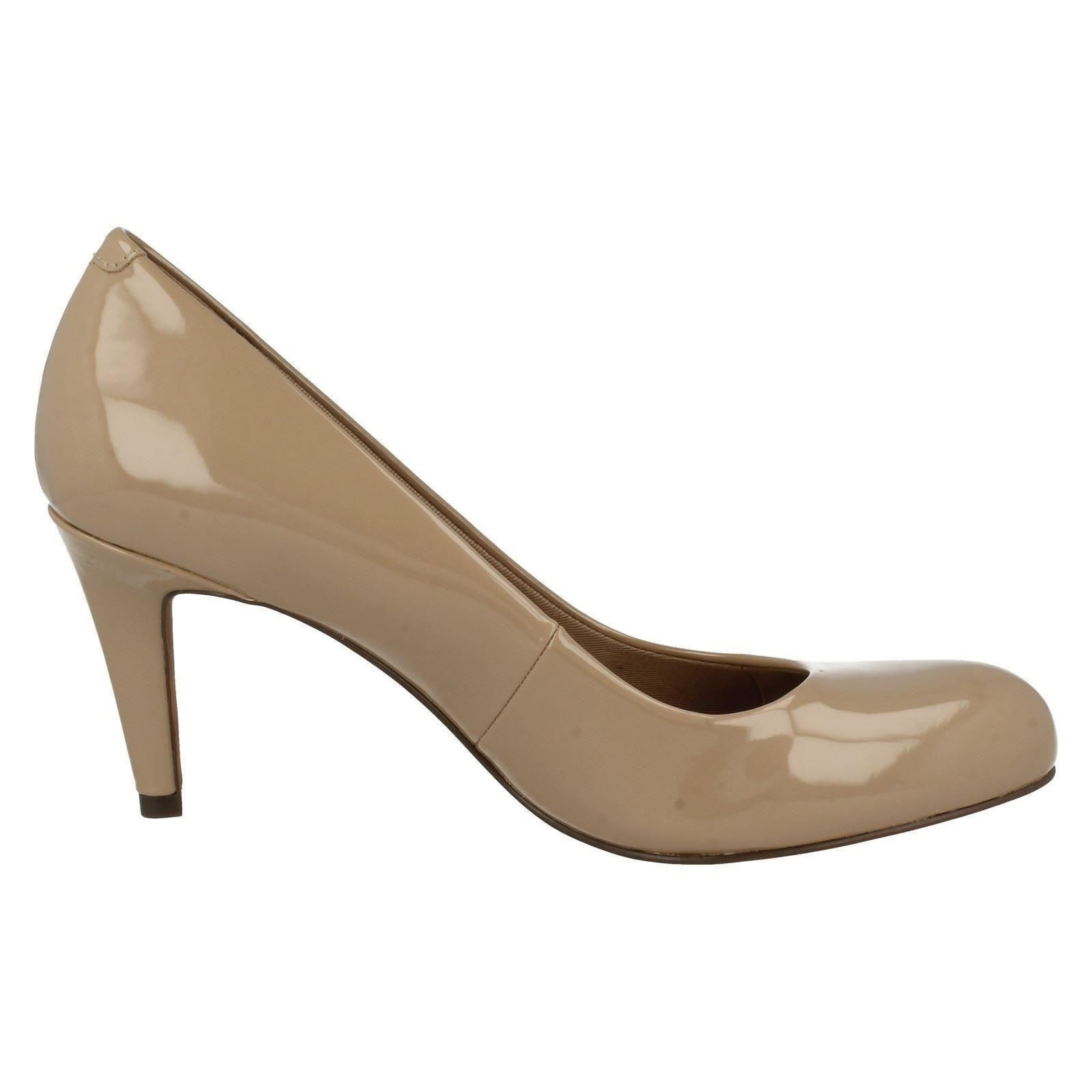 Damas Clarks Zapatos De Tribunal De Zapatos Moda 'Carlita Cove  70339a
