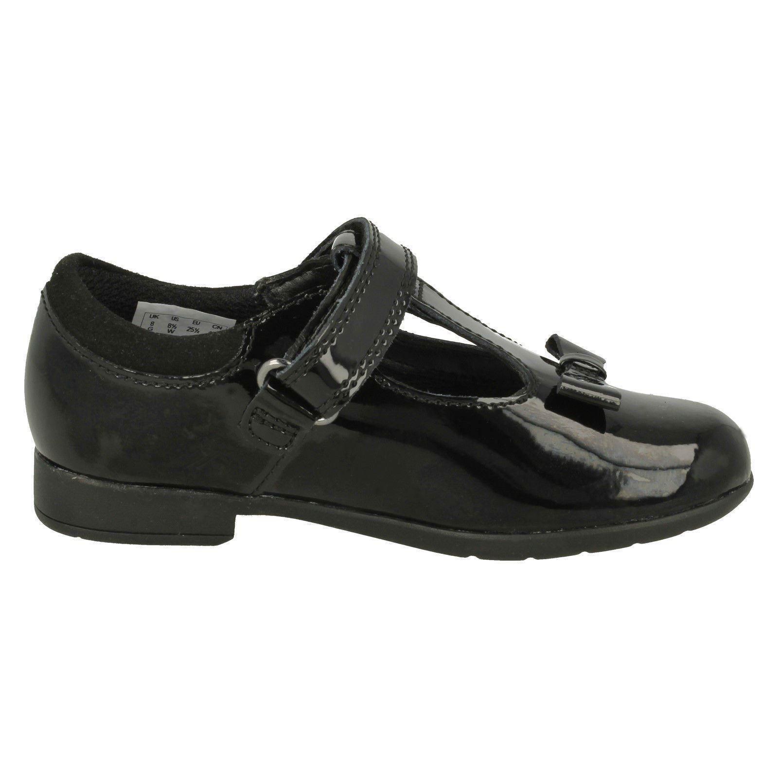 Clarks Girls Scala Hope K Uniform Dress Shoe
