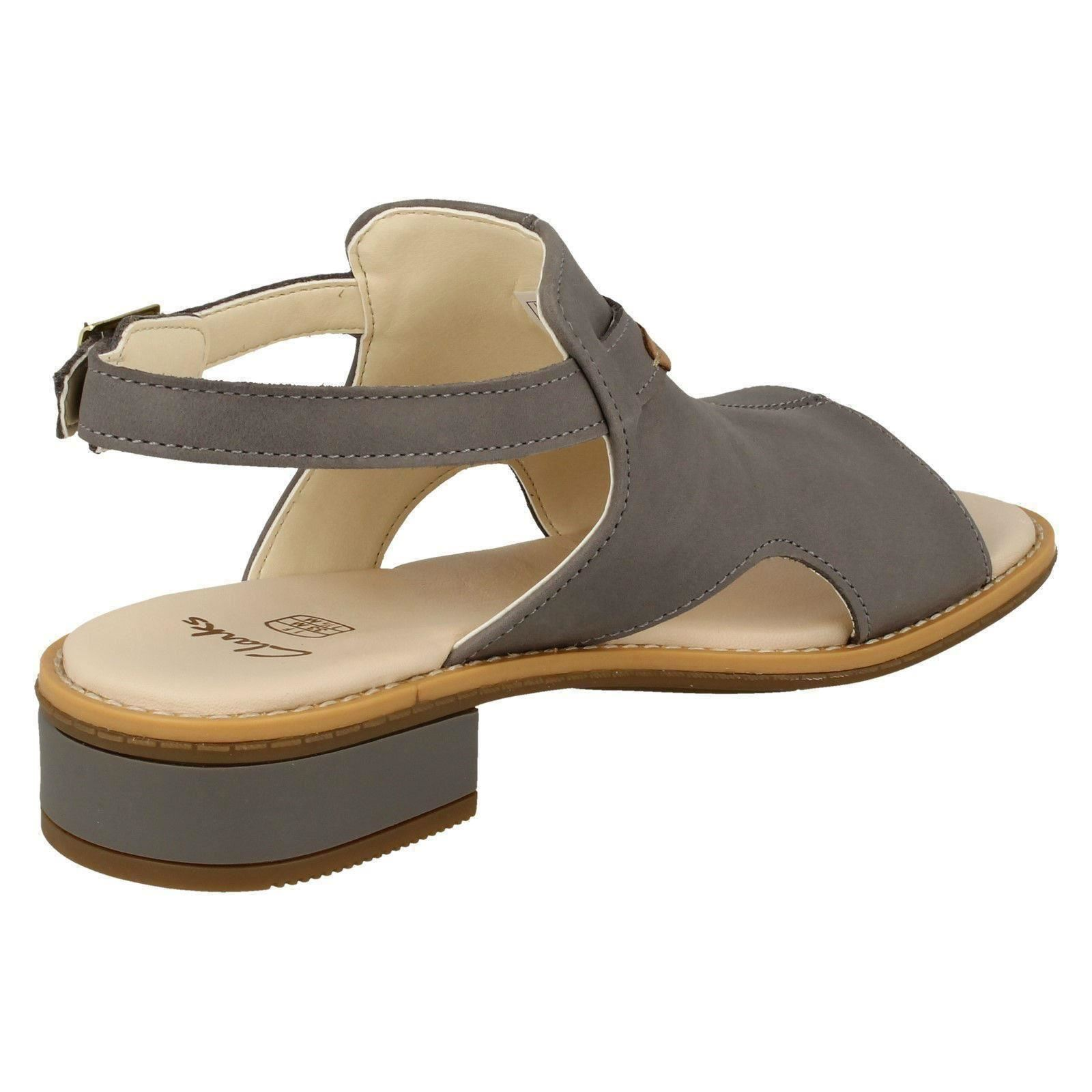 57067207cfc6 Girls-Clarks-Low-Heel-Slingback-Sandals-Darcy-Lily thumbnail