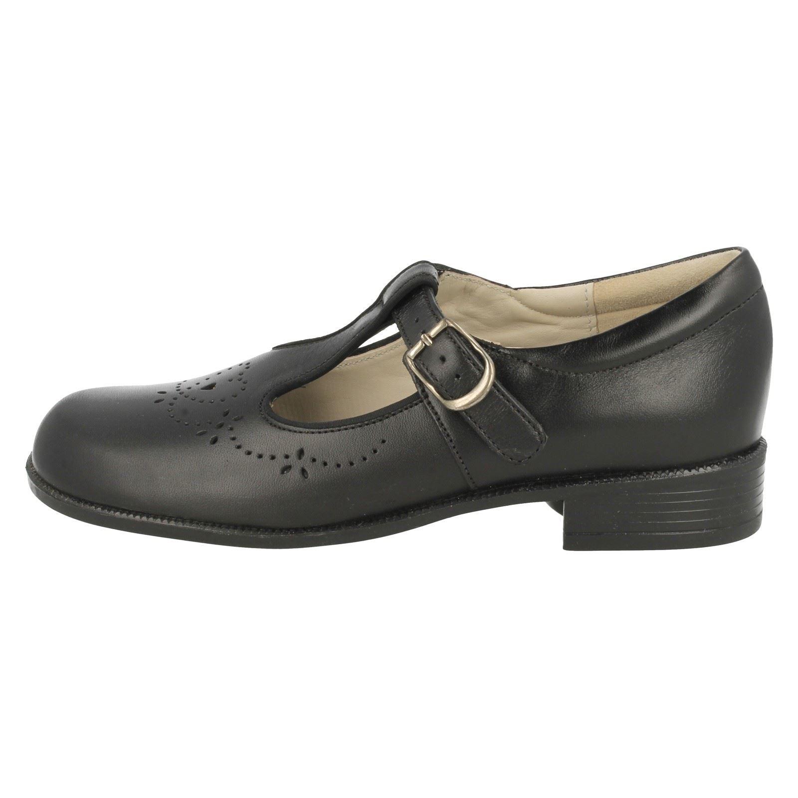 Niñas Startrite T-Bar Escuela Zapatos Diana