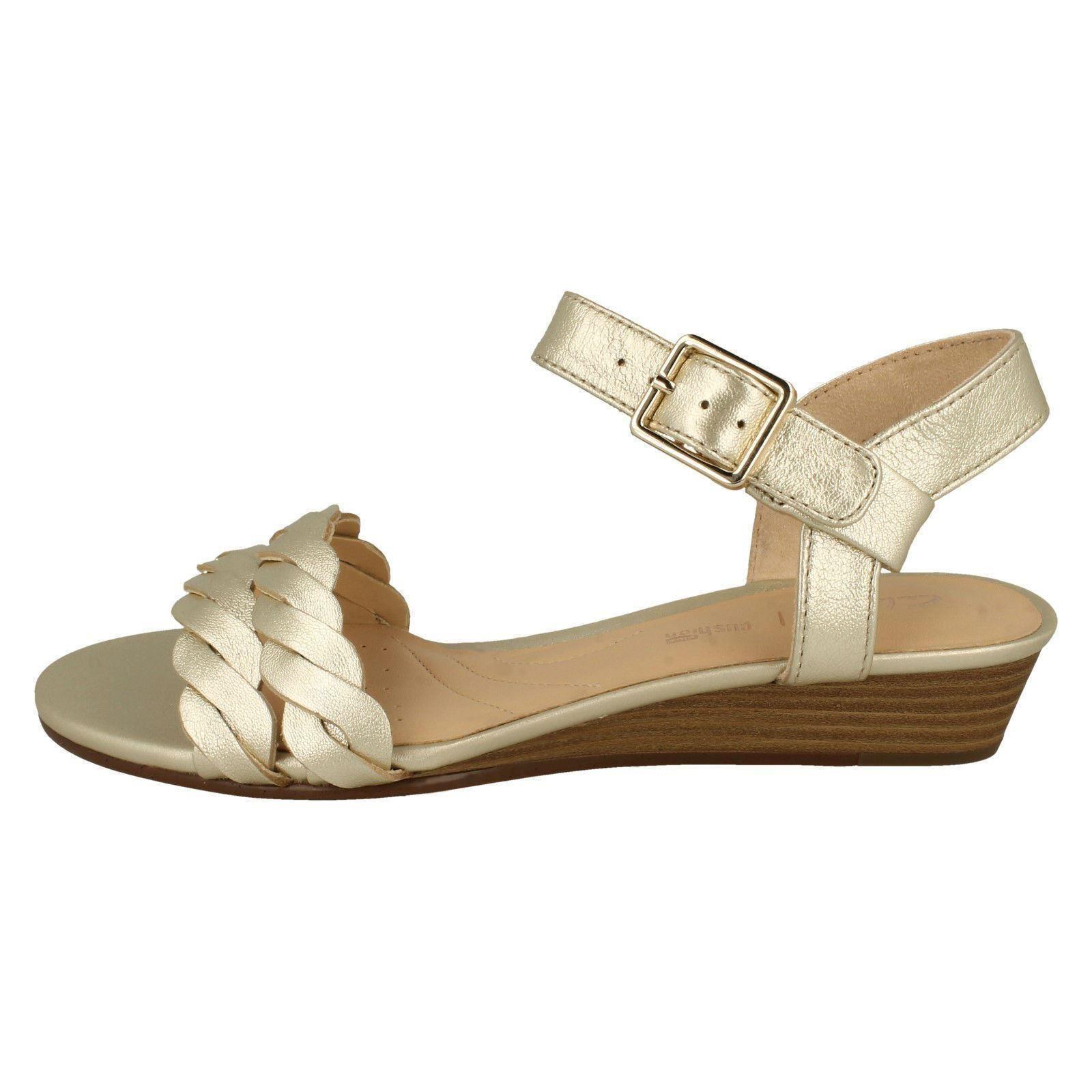 Ladies Clarks Stylish Open Toe Buckled Wedge Wedge Wedge Heeled Leather Sandals Mena Blossom f5aadb