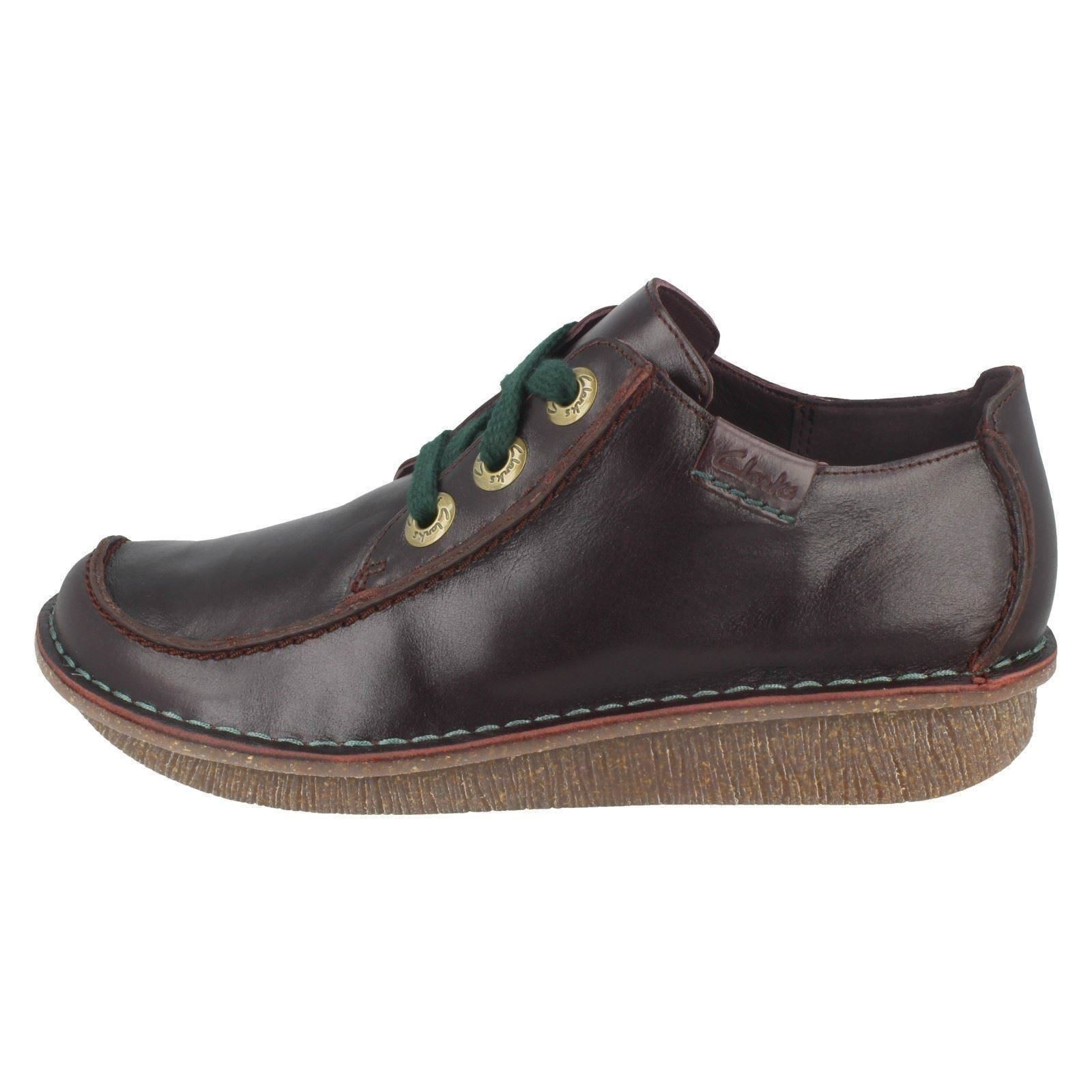 Ladies-Clarks-Casual-Lace-Up-Leather-Shoes-Funny-