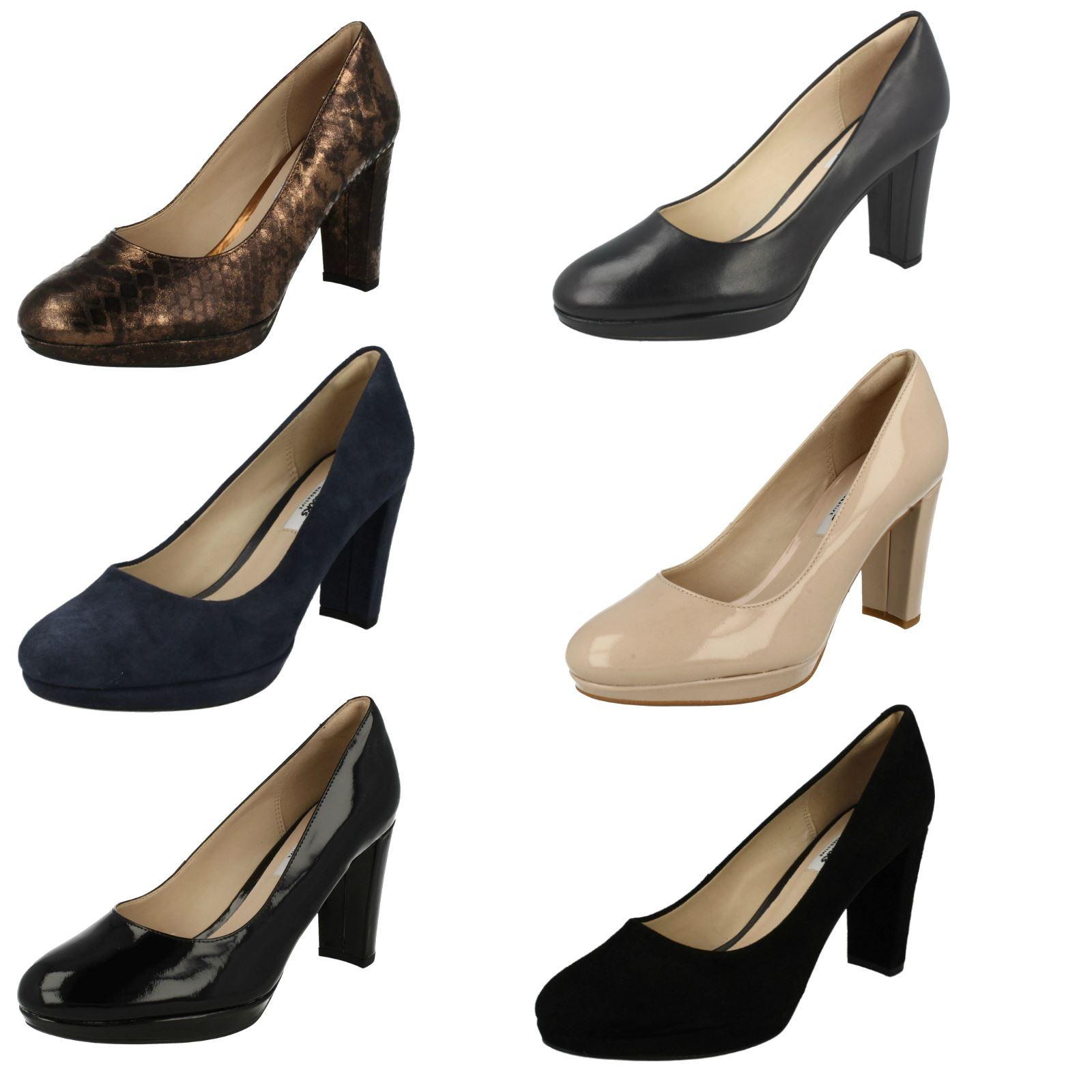 dfa6ff44 Las señoras Clarks deslizan de cuero elegantes de tacón alto moda zapatos  Kendra Sienna