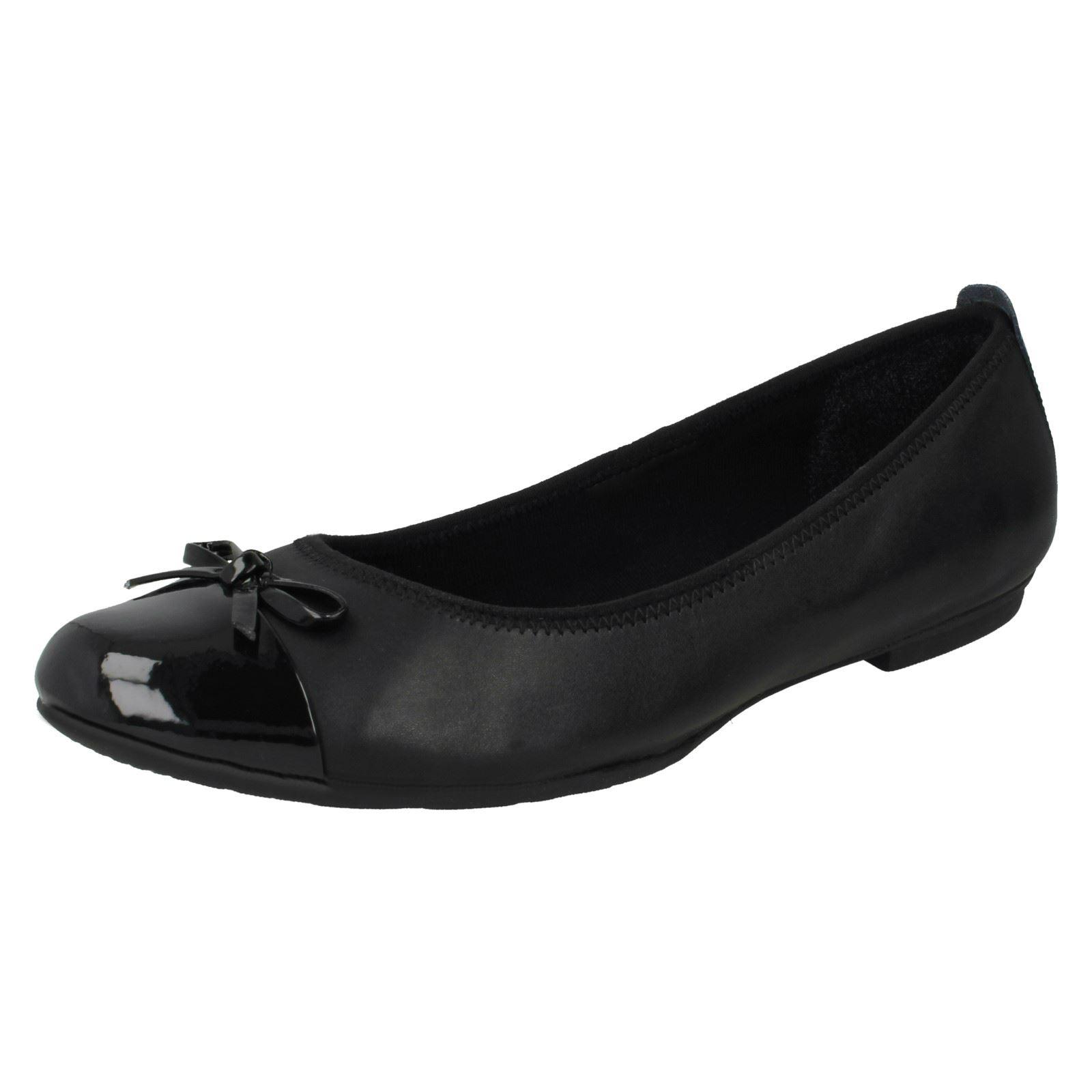 Girls Bootleg by Clarks Una Ivy Ballerina School Shoes