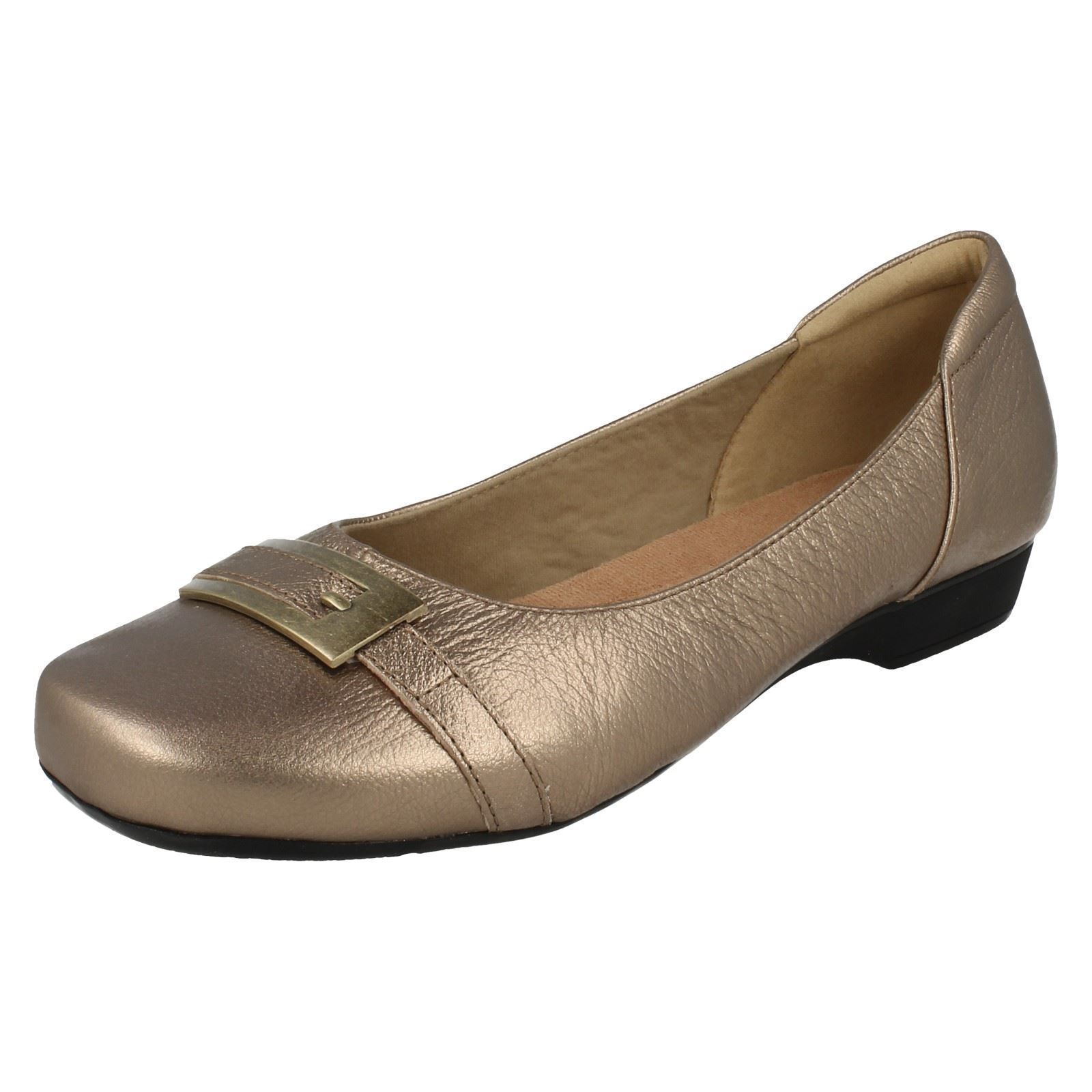 a6f8b96163238 Ladies Clarks Smart Slip on Shoes Blanche West 3 UK Gold Metallic E ...