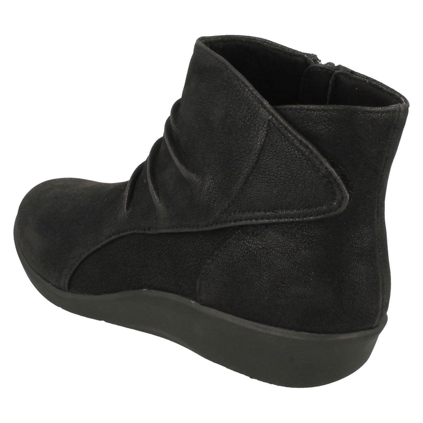 Boots Steppers Sillian Clarks Ladies di Cloud Black Chell OSI5q8