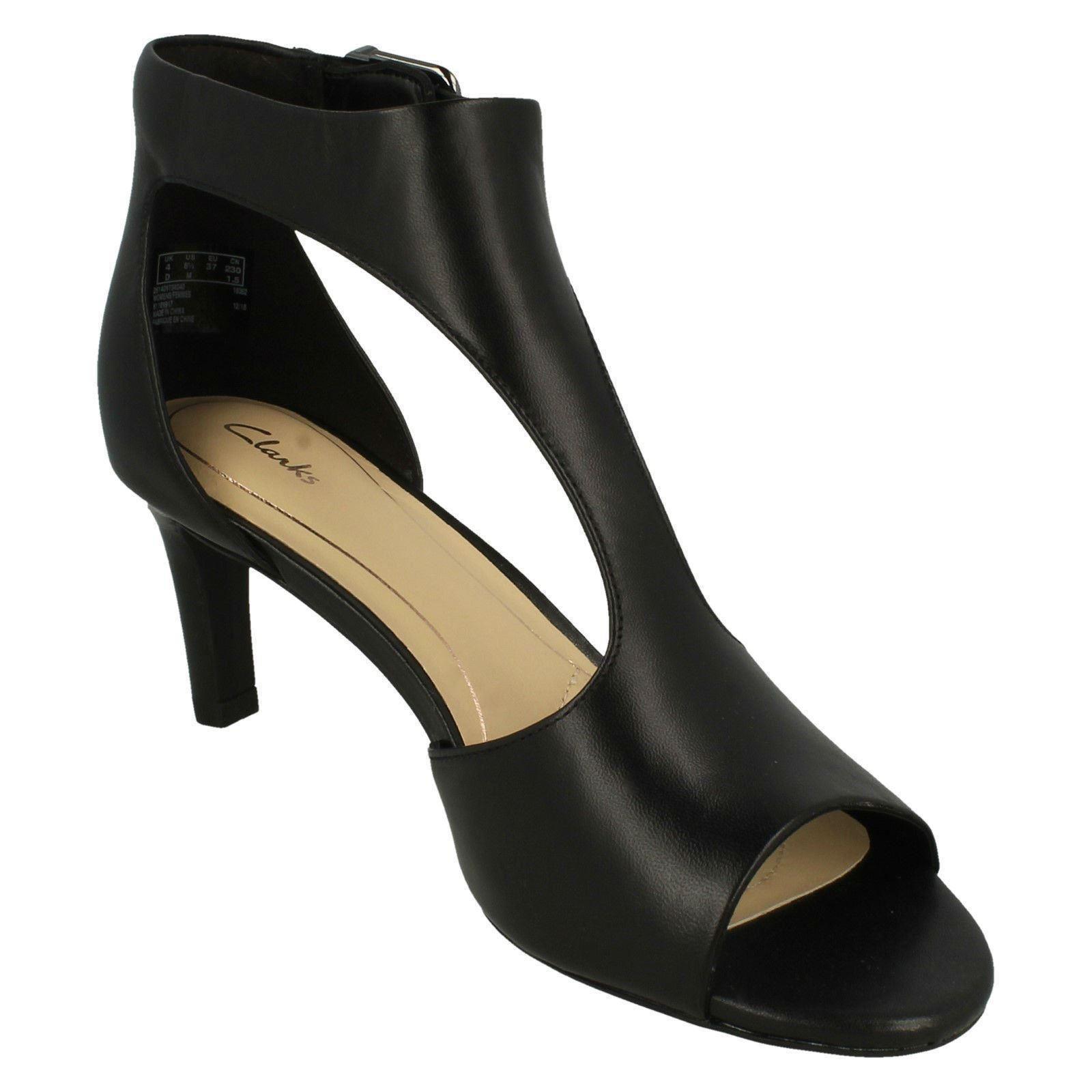 e4fac31034c8 Ladies Clarks Peep Toe Heeled Sandals Laureti Star