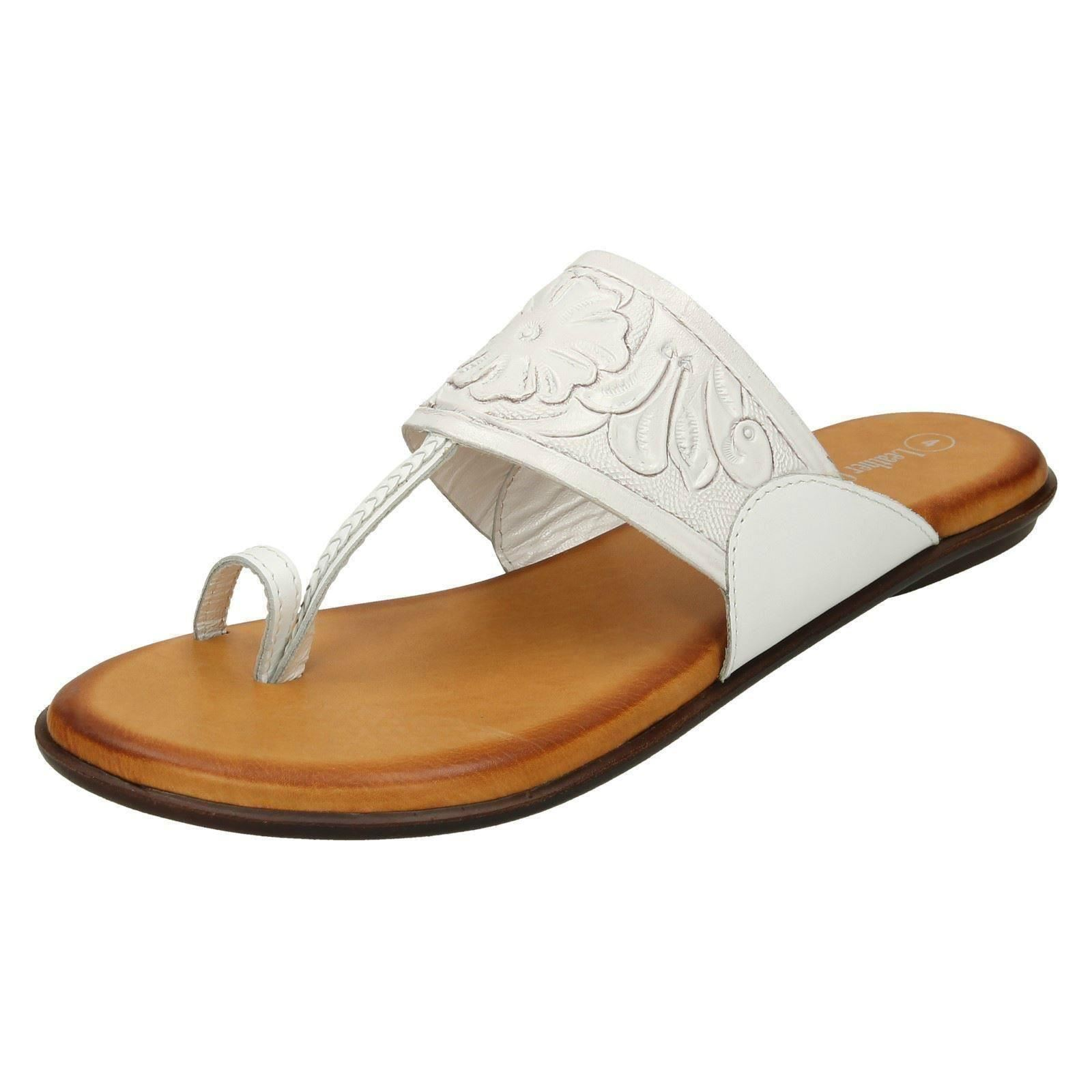 befb7c70cebe Ladies Leather Collection Flat Toe Loop Sandals F00041 White UK 3 ...