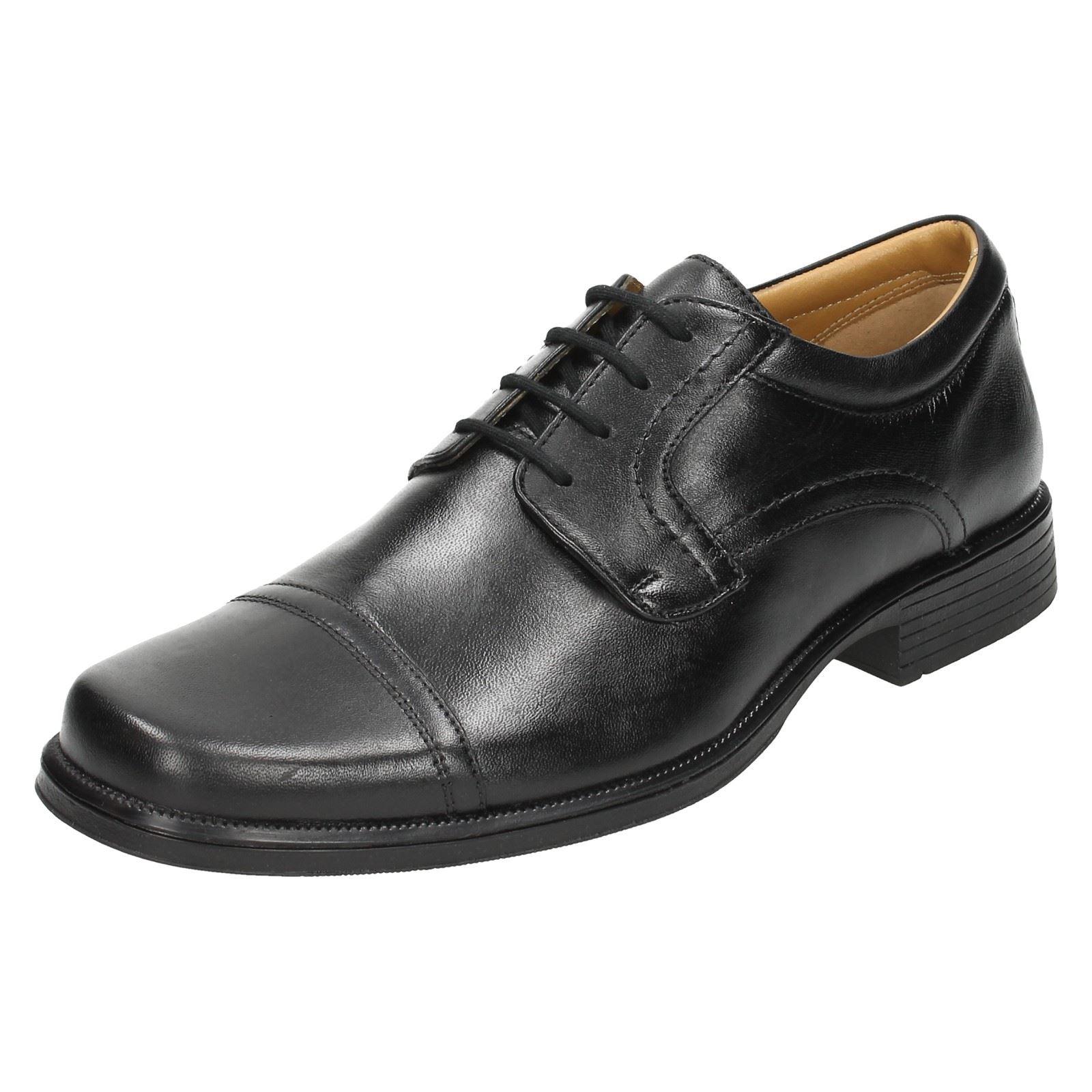 Herren Clarks Formal Lace Up Schuhes 'Hoist 'Hoist Schuhes Cap' 0aeb0c